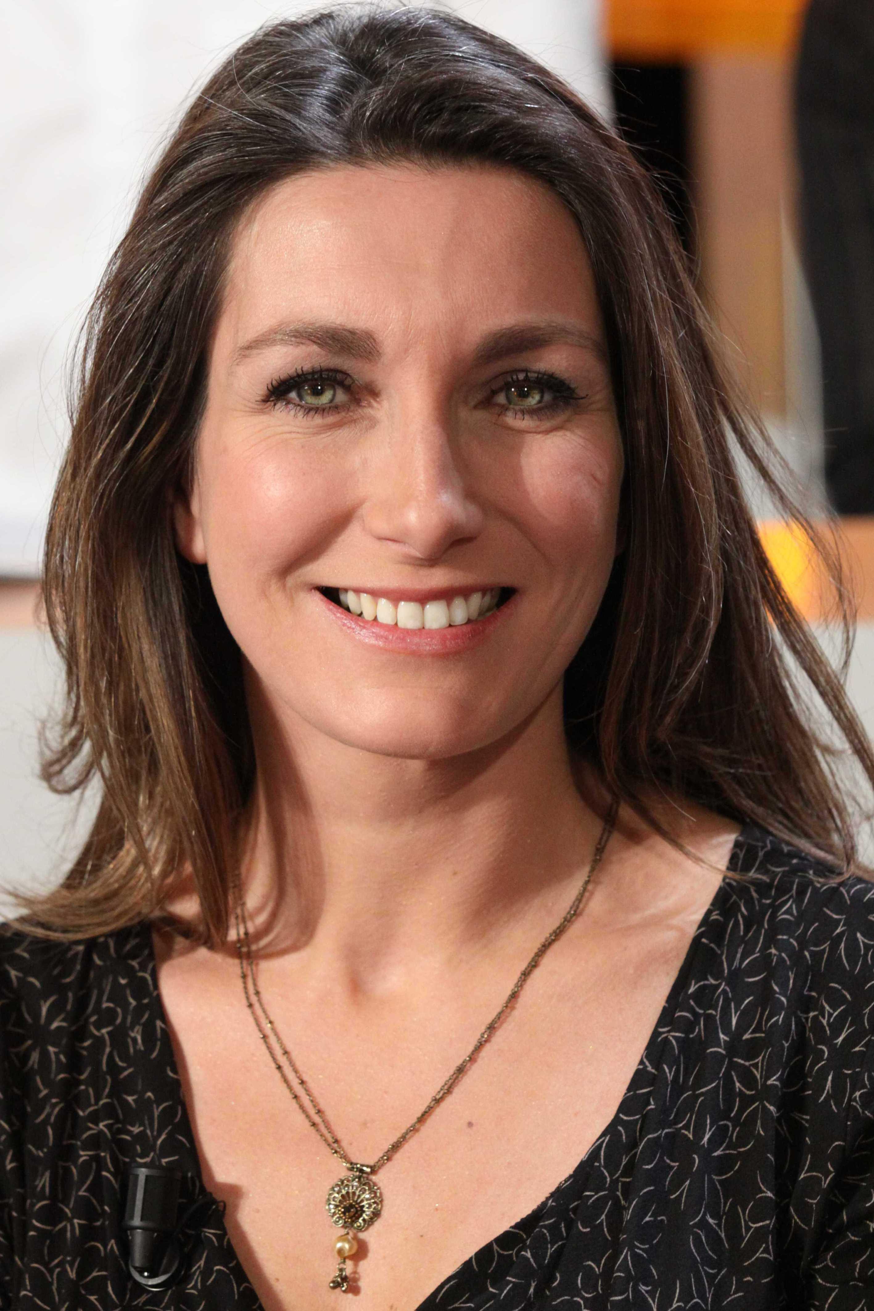 <b>Anne-Claire</b> Coudray © PMG/SIPA - 10099188-anne-claire-coudray-remontee-contre-la-presse