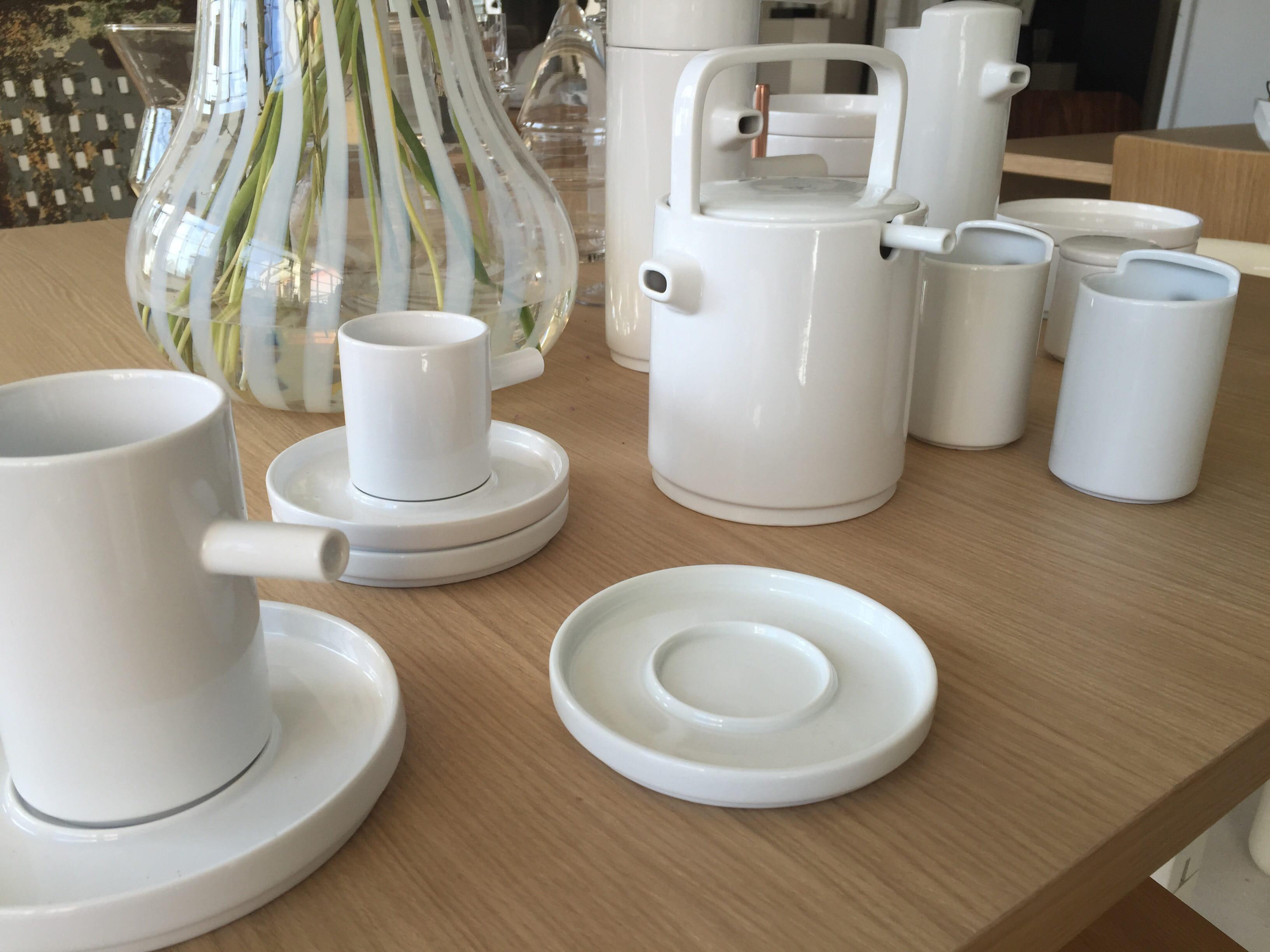 vaisselle en porcelaine aio habitat les nouveaut s pour 2016 journal des femmes. Black Bedroom Furniture Sets. Home Design Ideas