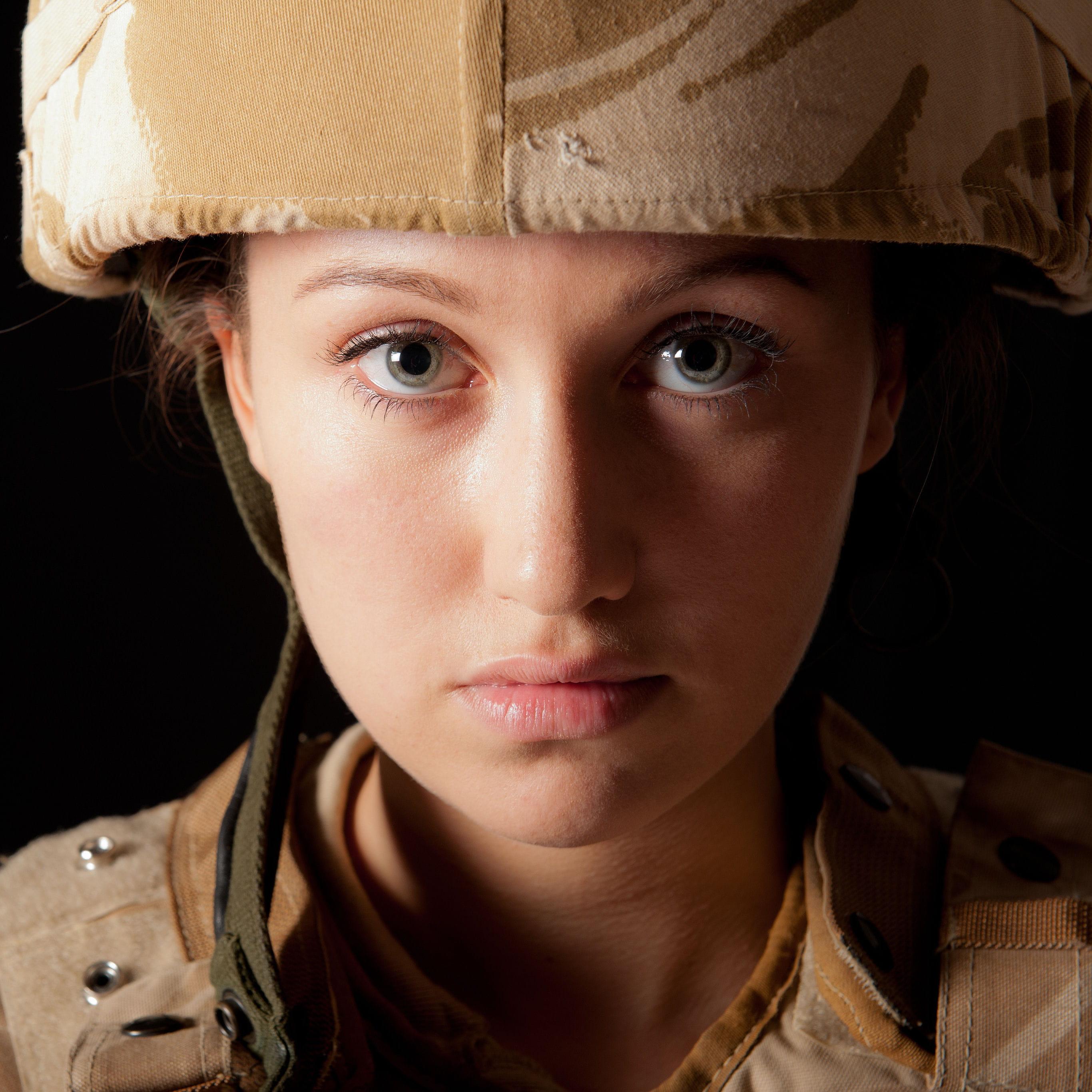 Etats-Unis : les femmes militaires autorisées à combattre en première ligne