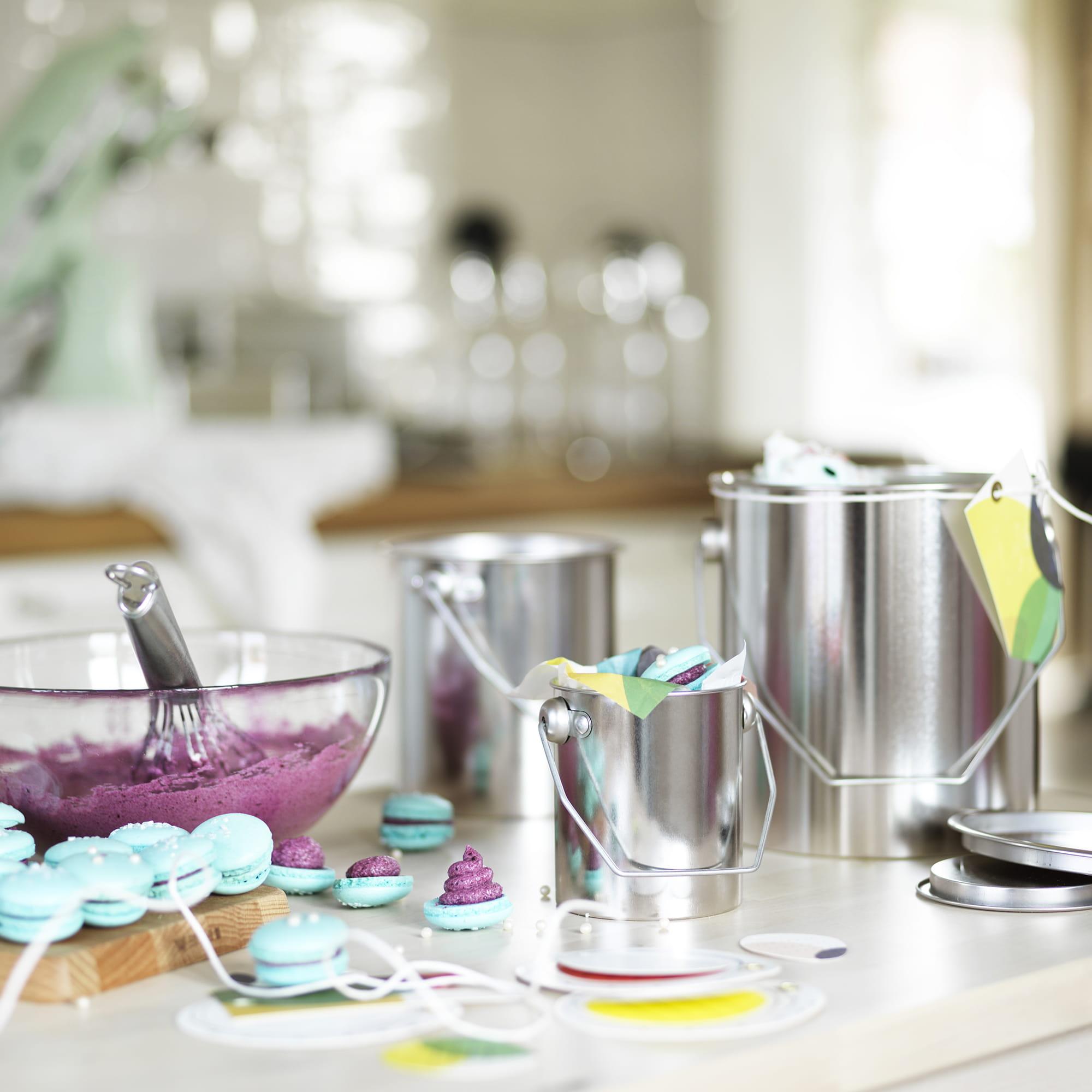 des pots de peinture en cuisine les bocaux d 39 ikea font la d co journal des femmes. Black Bedroom Furniture Sets. Home Design Ideas