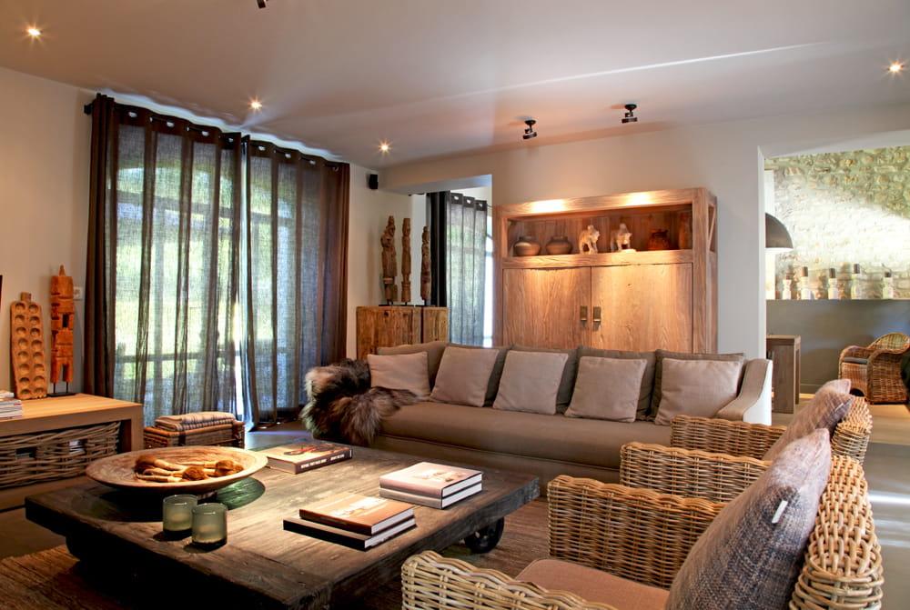 lumi re feutr e. Black Bedroom Furniture Sets. Home Design Ideas