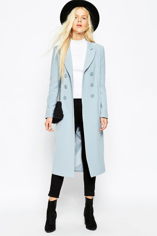 manteau bleu ciel de asos 50 manteaux pour un look boyish journal des femmes