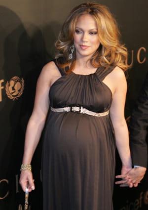 Jennifer lopez ces stars mamans sur le tard journal des femmes - Jennifer lopez grosse ...