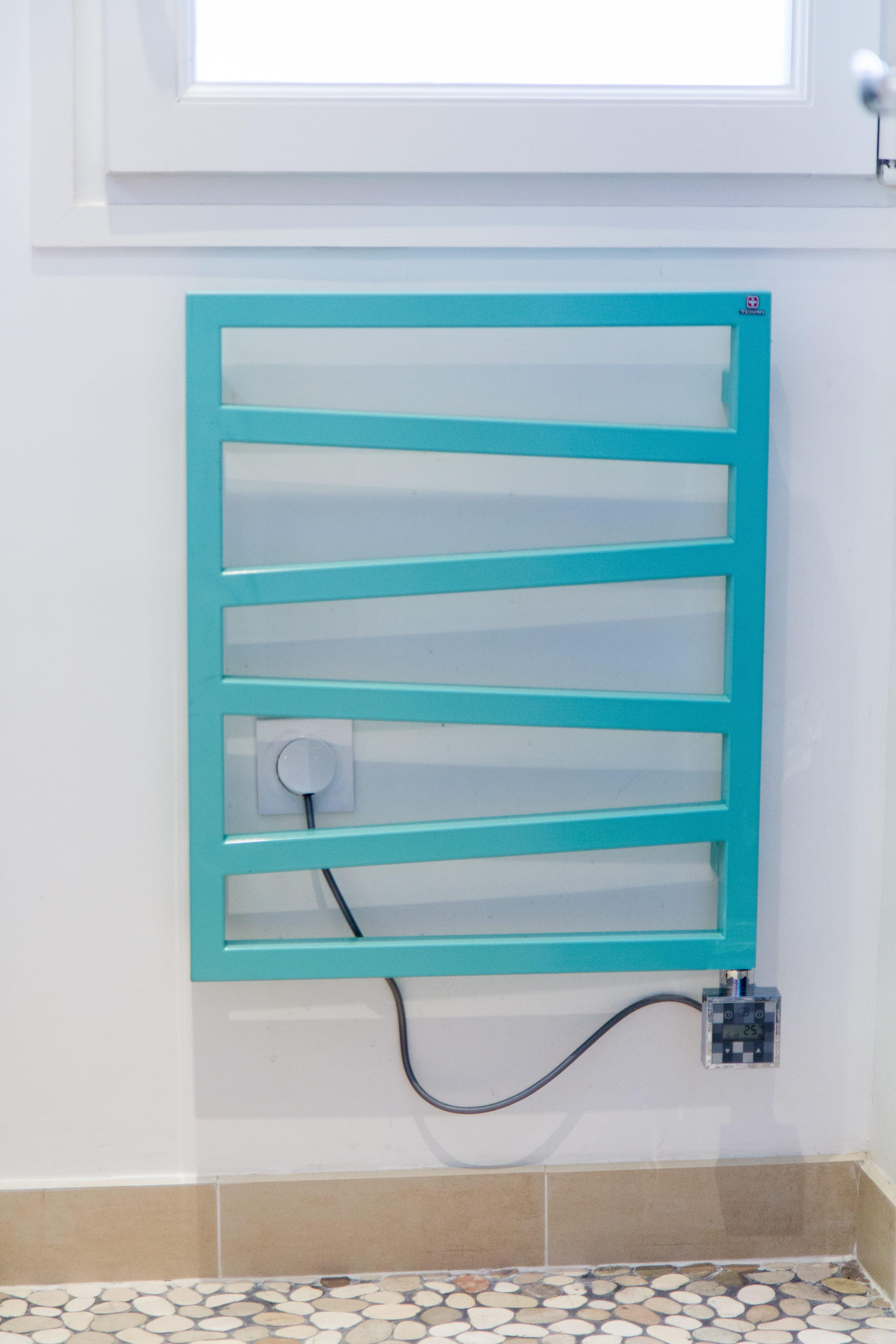 Un s che serviettes turquoise bleu turquoise comment l 39 int grer dans - Journal des femmes deco ...