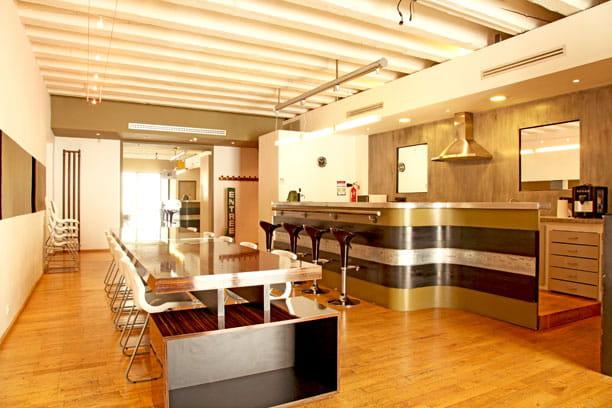 perspectives contemporaines un loft la d co industrielle et r cup 39 journal des femmes. Black Bedroom Furniture Sets. Home Design Ideas