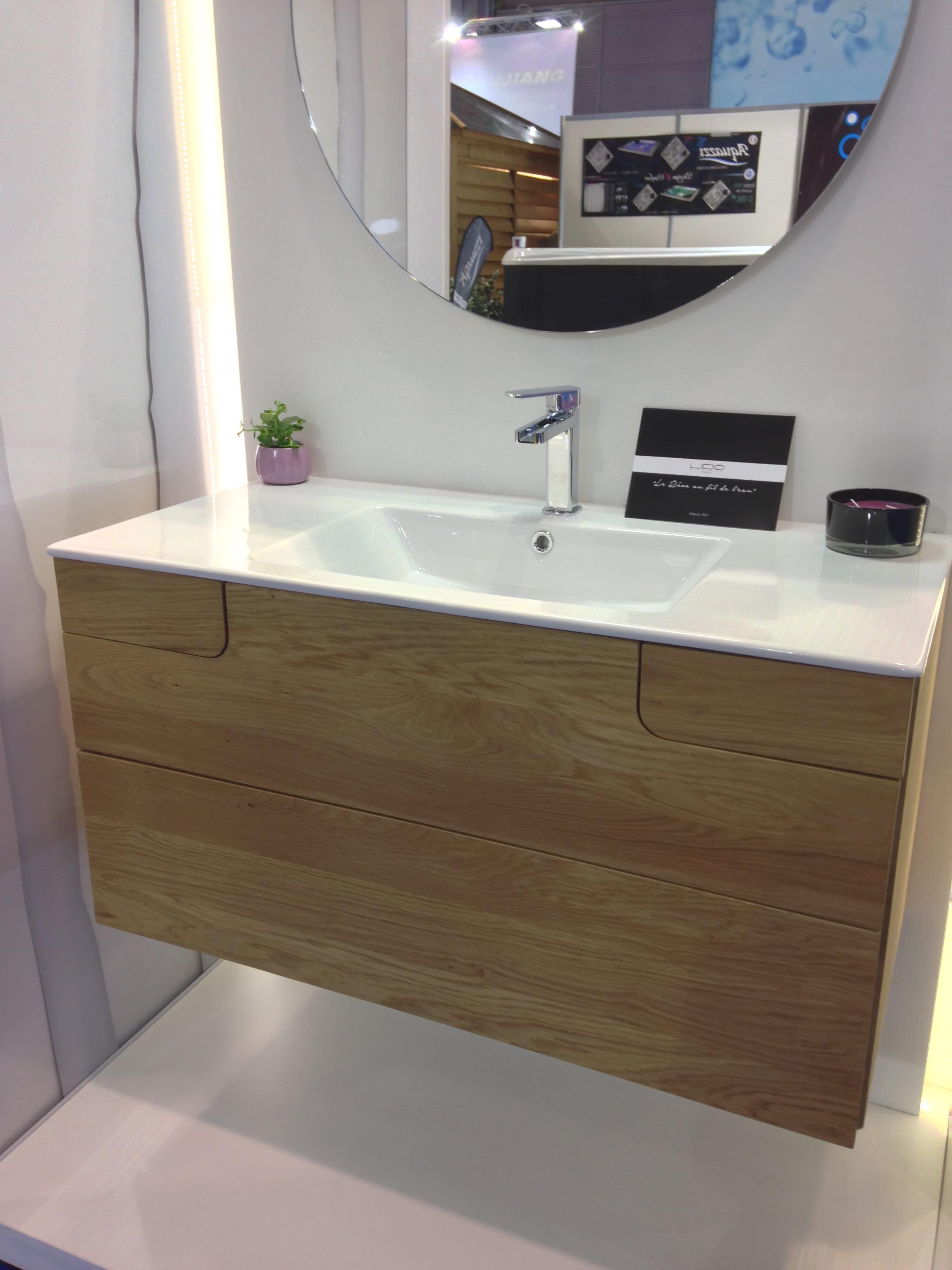 meuble vasque astucieux de lido salon id obain plong e au c ur des nouveaut s salle de bains. Black Bedroom Furniture Sets. Home Design Ideas