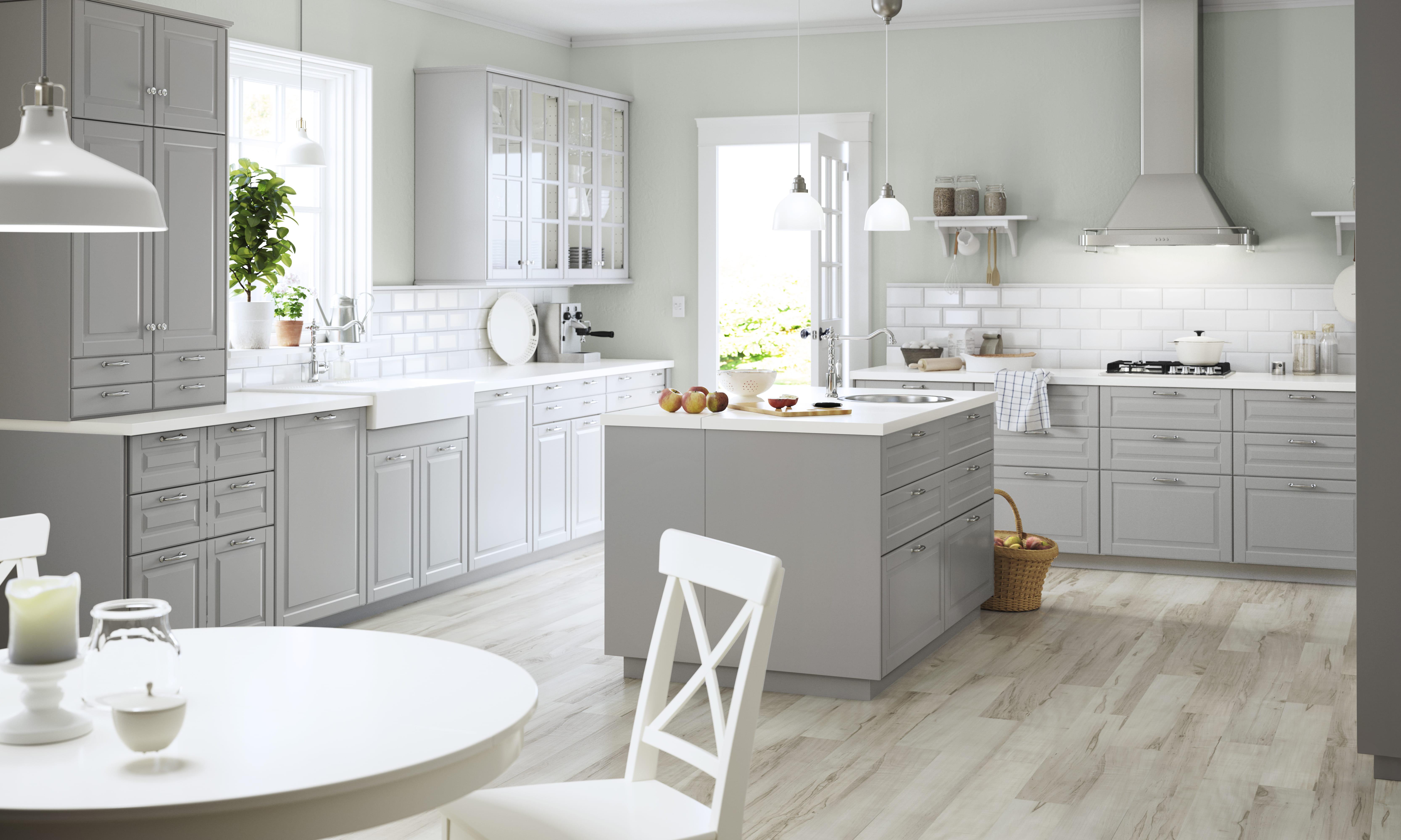 central Bodbyn dIKEA : Lîlot central de cuisine à la mode IKEA ...
