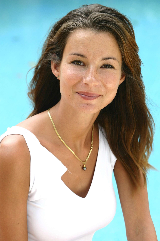 <b>Jennifer Lauret</b> © PUGNET FRANCOIS/TF1/SIPA - 10212824-jennifer-lauret-une-famille-formidable-nue-enflamme-la-toile