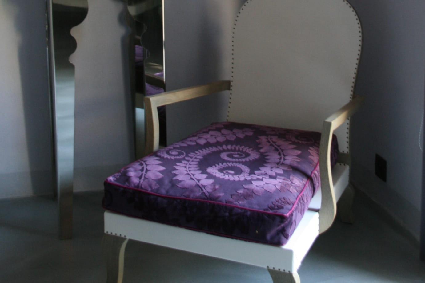 Choisir la couleur aubergine pour sa d coration d for Interieur aubergine