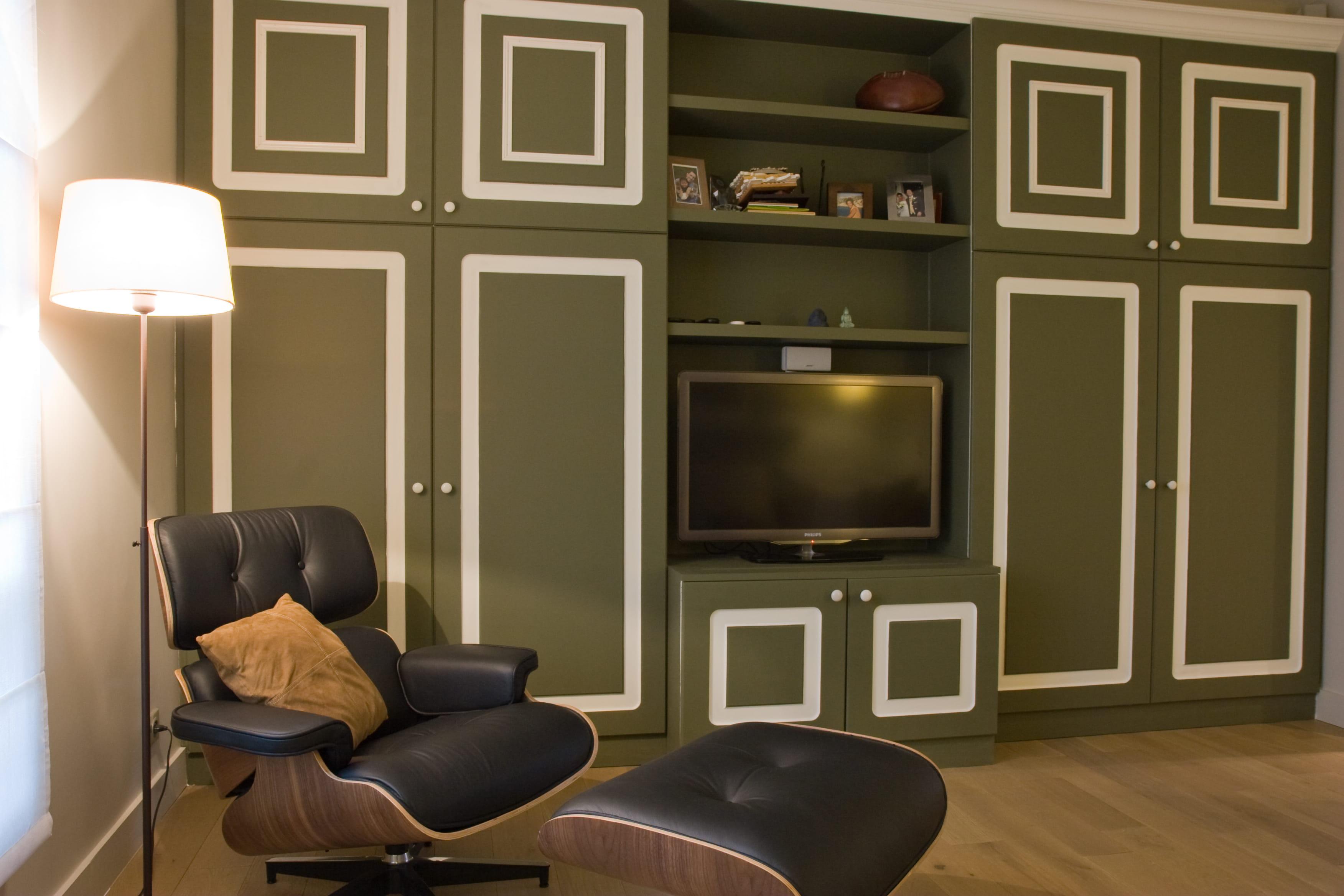 un salon t l vintage la d coration couleur kaki journal des femmes. Black Bedroom Furniture Sets. Home Design Ideas