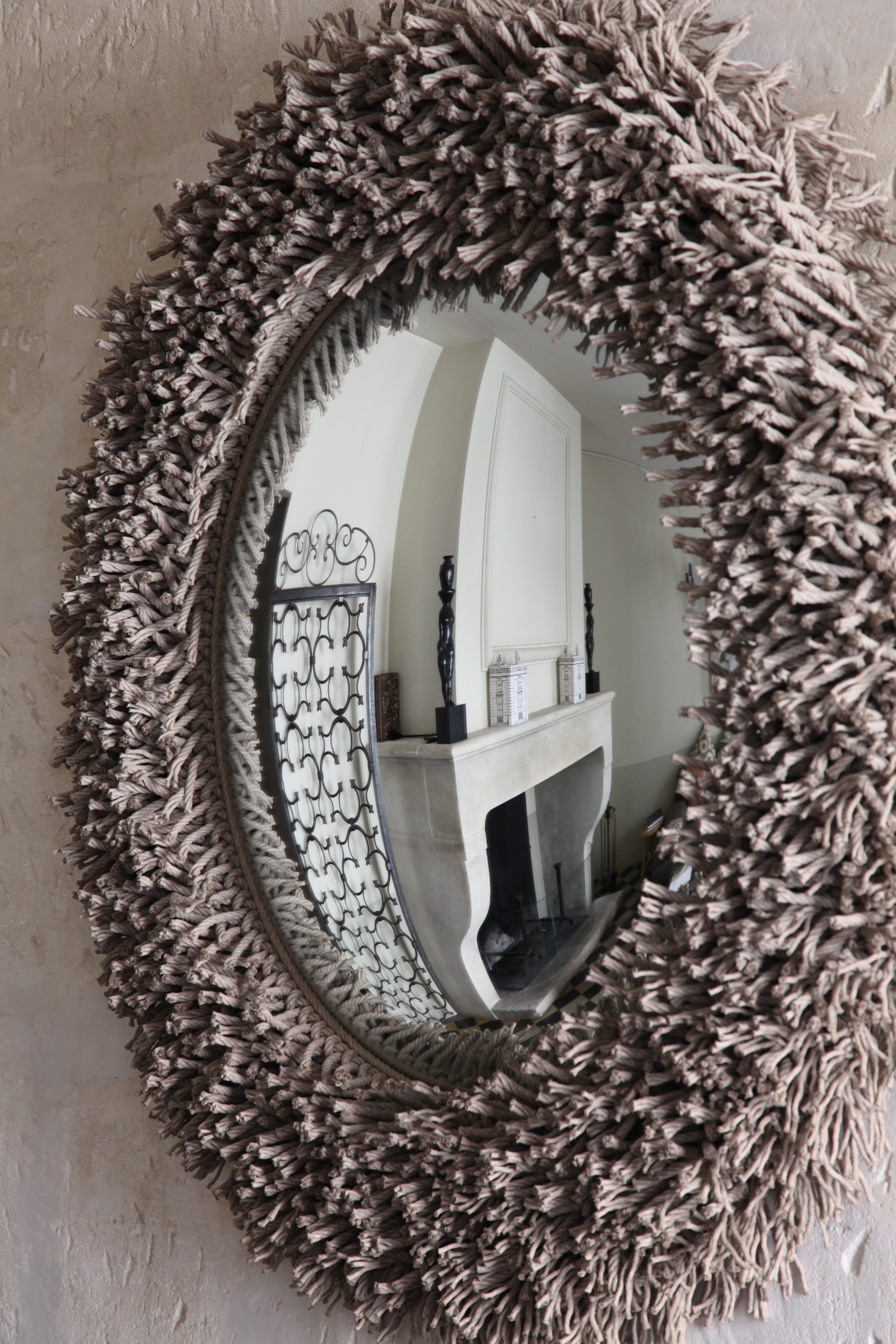 Un miroir oeil de sorci re ficelle la couleur d co tendance adopter j - Miroir oeil de sorciere ...