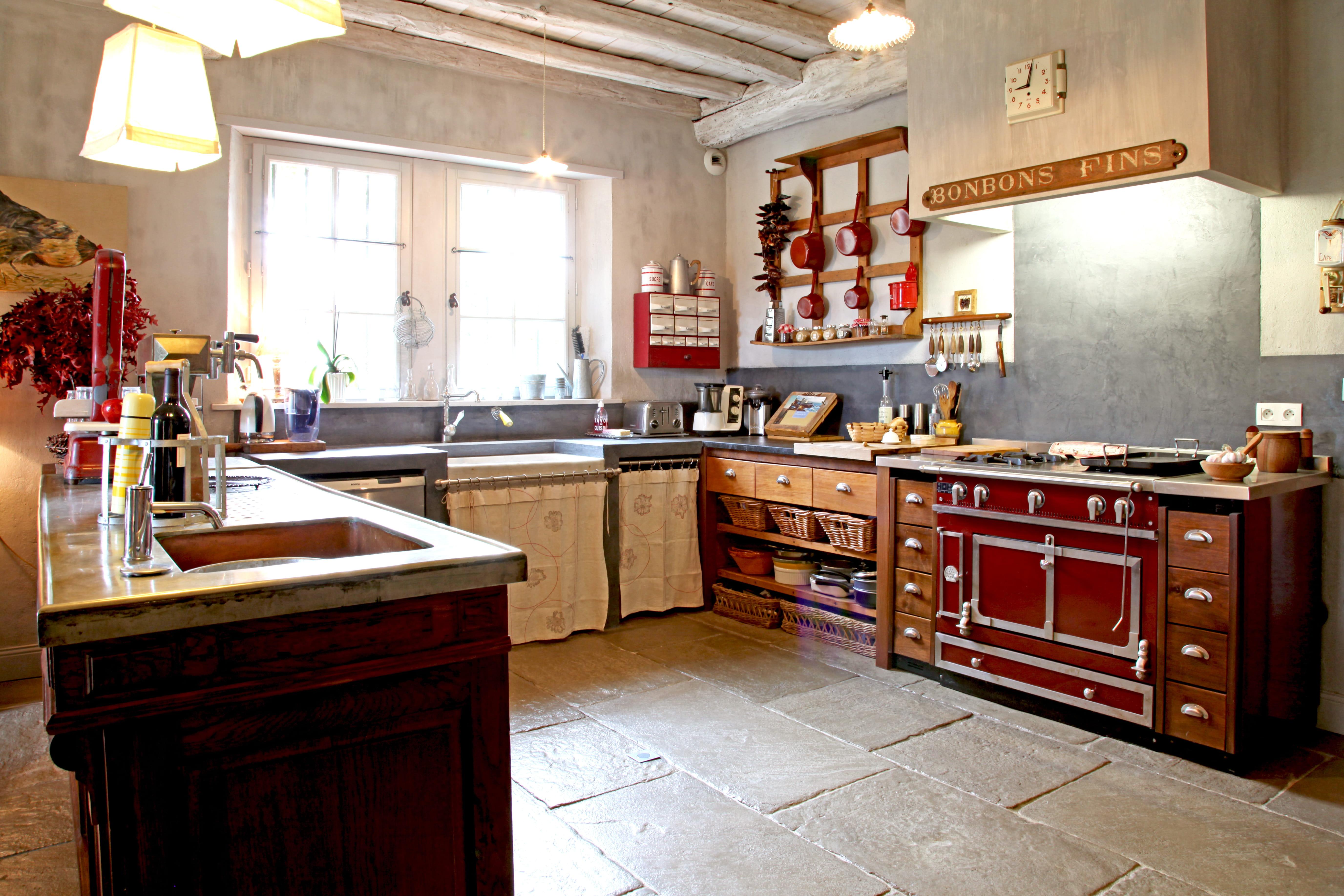 Decoration Cuisine Laboratoire : Sous le charme des cuisines campagne chic  Journal des Femmes