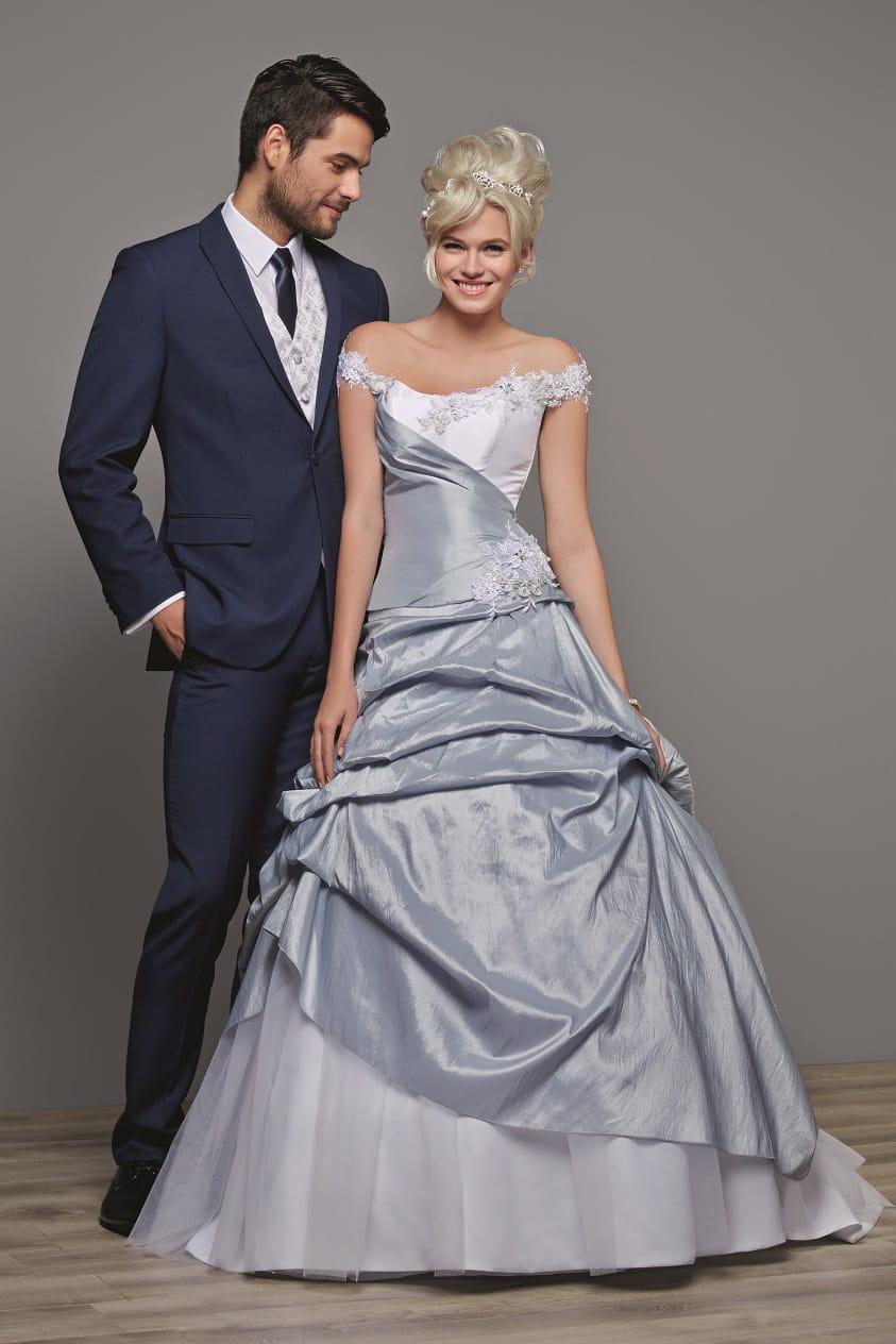 robe de mari e opalais des robes de mari e petit prix chez tati mariage journal des femmes. Black Bedroom Furniture Sets. Home Design Ideas