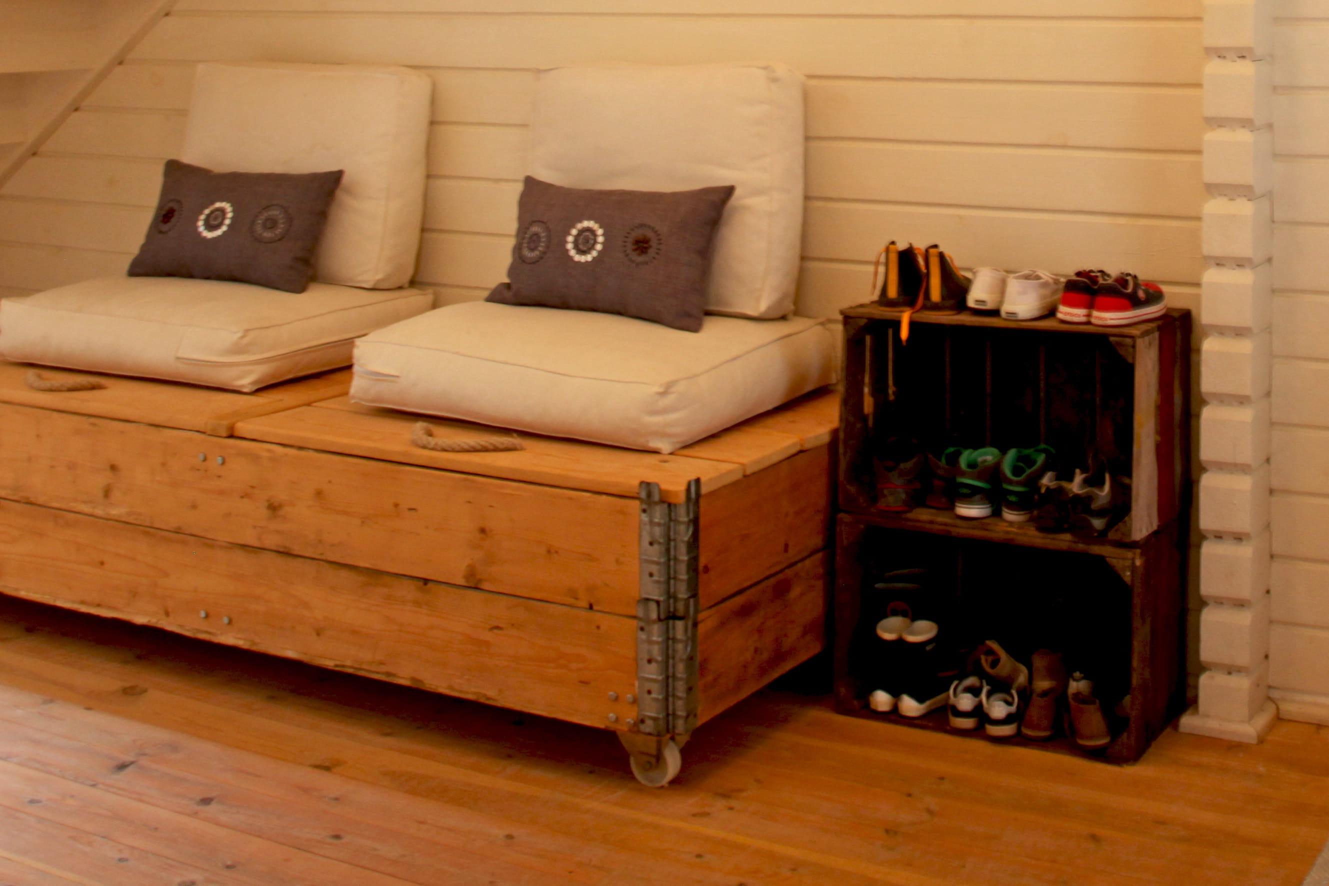 Meuble chaussures caisse en bois des id es pour la - Meuble a chaussure original ...