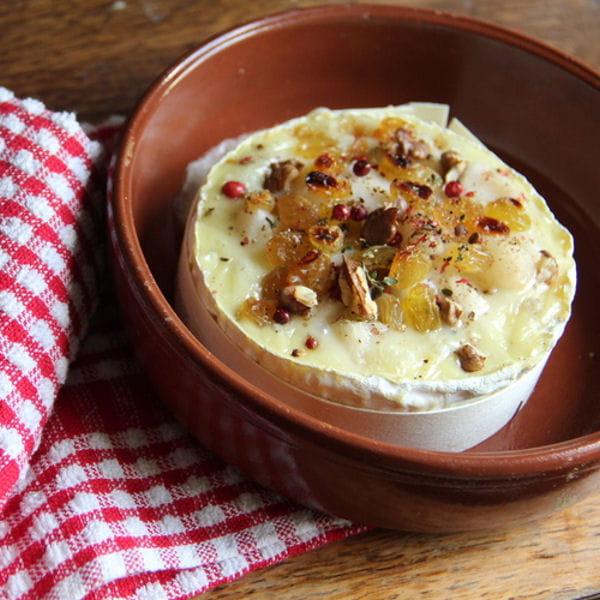 camembert au four poire noix et raisins secs 15. Black Bedroom Furniture Sets. Home Design Ideas