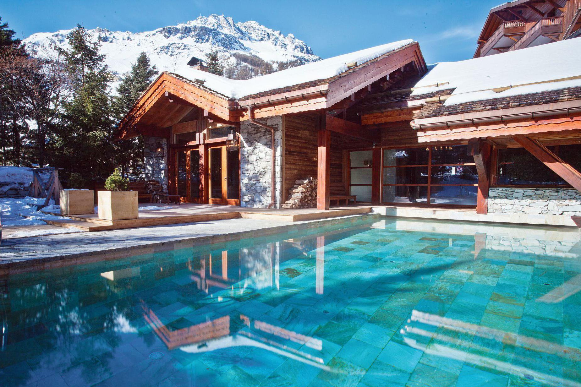 station de ski de luxe val d 39 is re tignes et leurs h tels 5 toiles journal des femmes. Black Bedroom Furniture Sets. Home Design Ideas