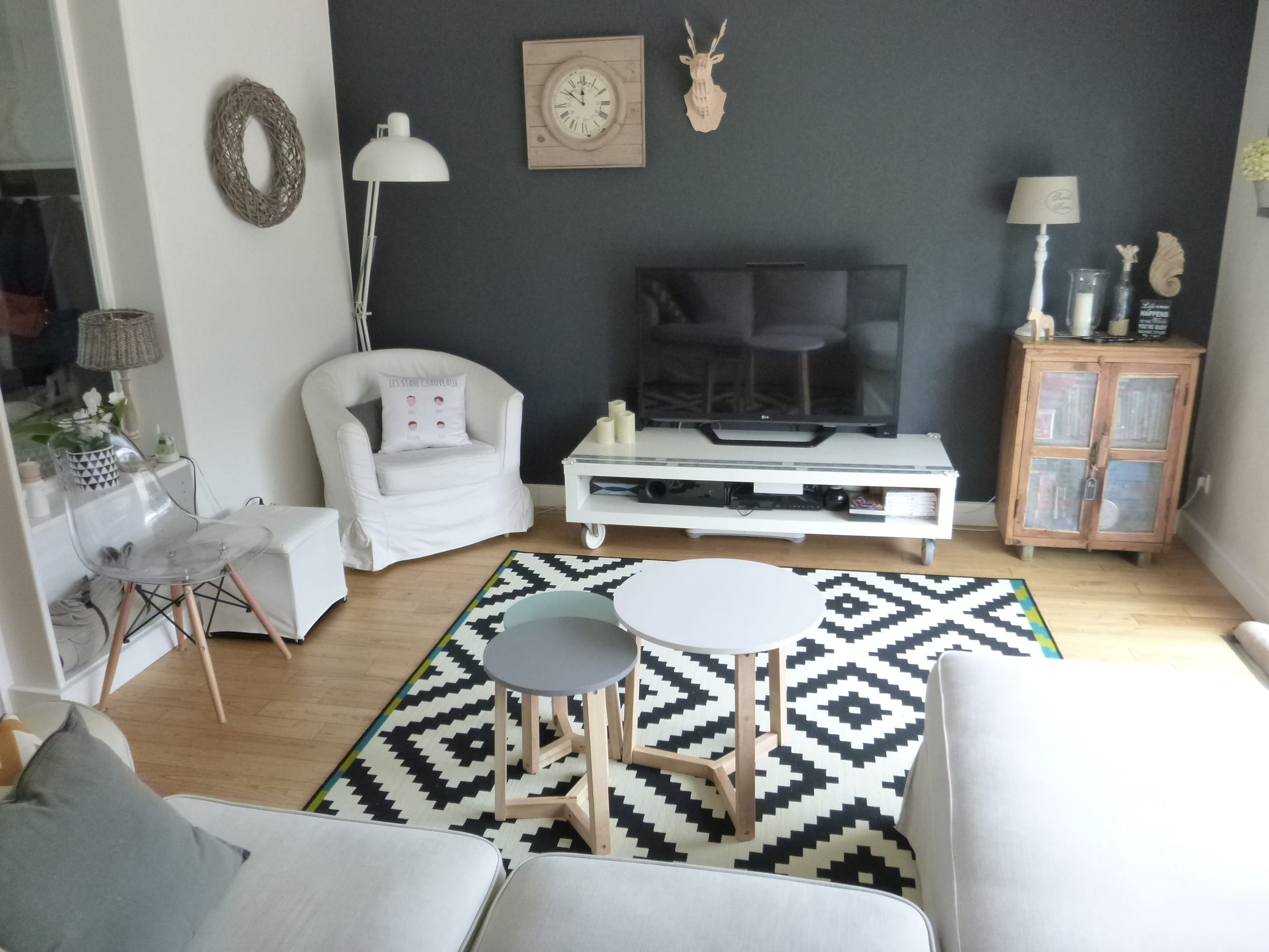 Apr s un salon scandinave - Idee deco salon scandinave ...