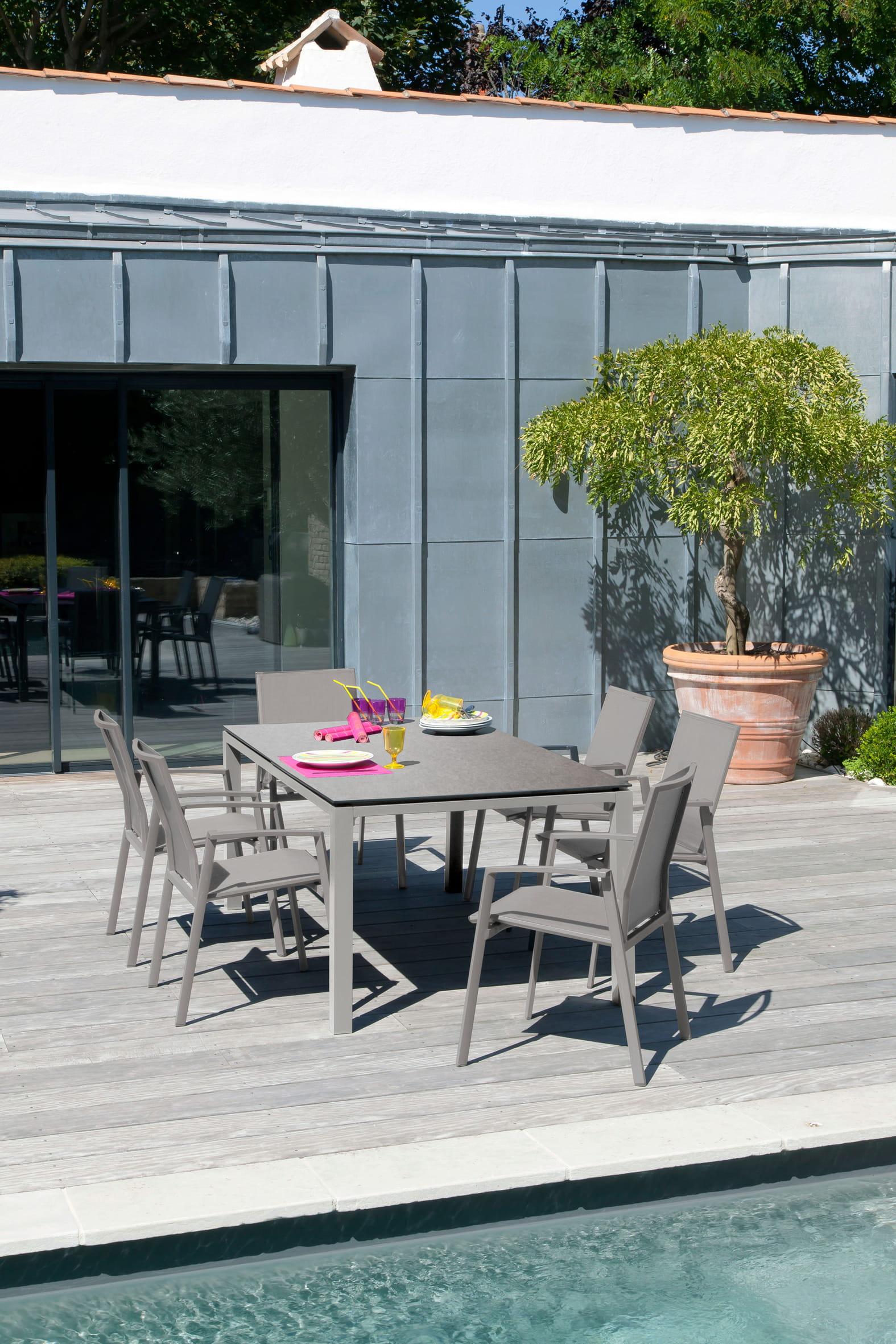 Salon de jardin stoneo chez proloisirs salon de jardin 20 ensembles outdoor en bois - Salon de jardin bois taupe ...