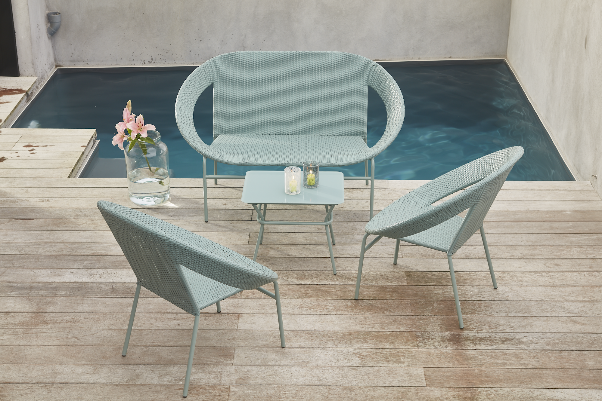 Salon de jardin m ryl chez alin a inspiration indus for Salon de jardin detente