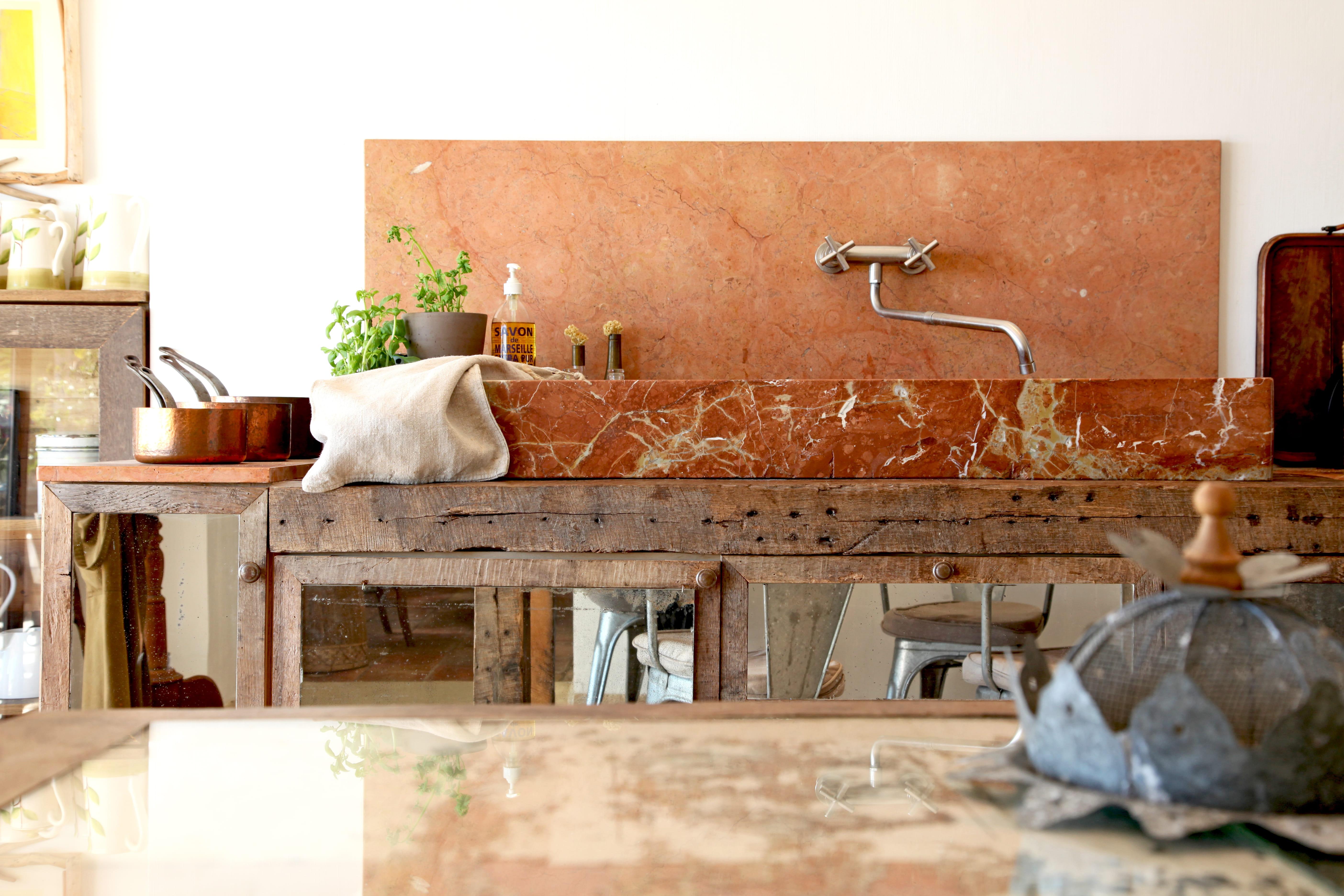 Un évier en marbre : Cuisine : 8 beaux éviers récup ...