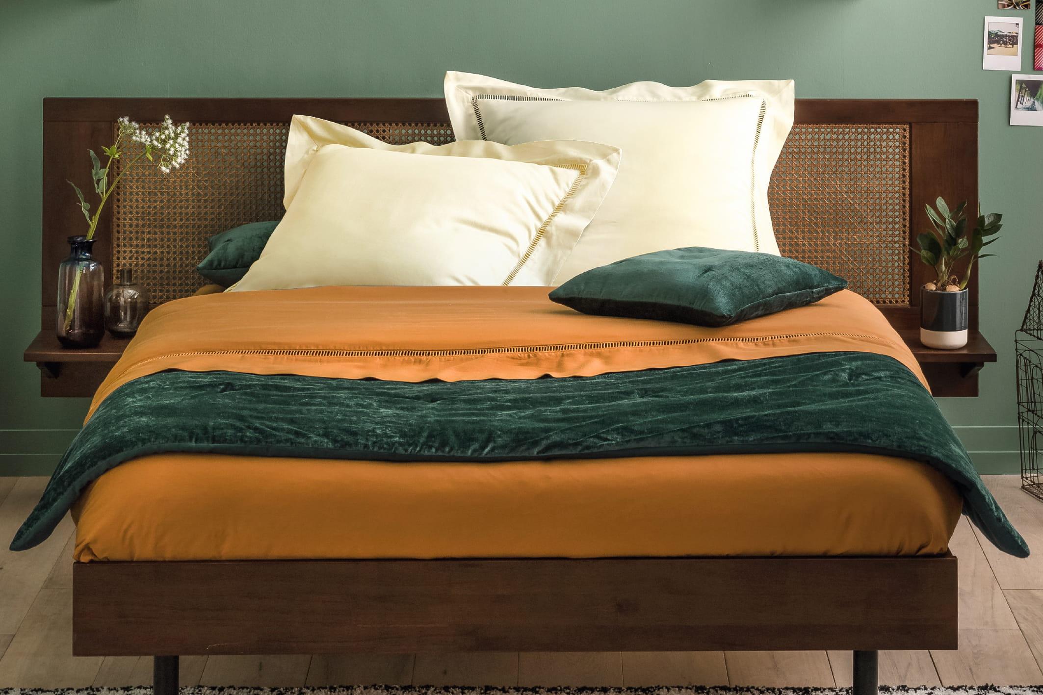 linge de lit uni par the socialite family. Black Bedroom Furniture Sets. Home Design Ideas