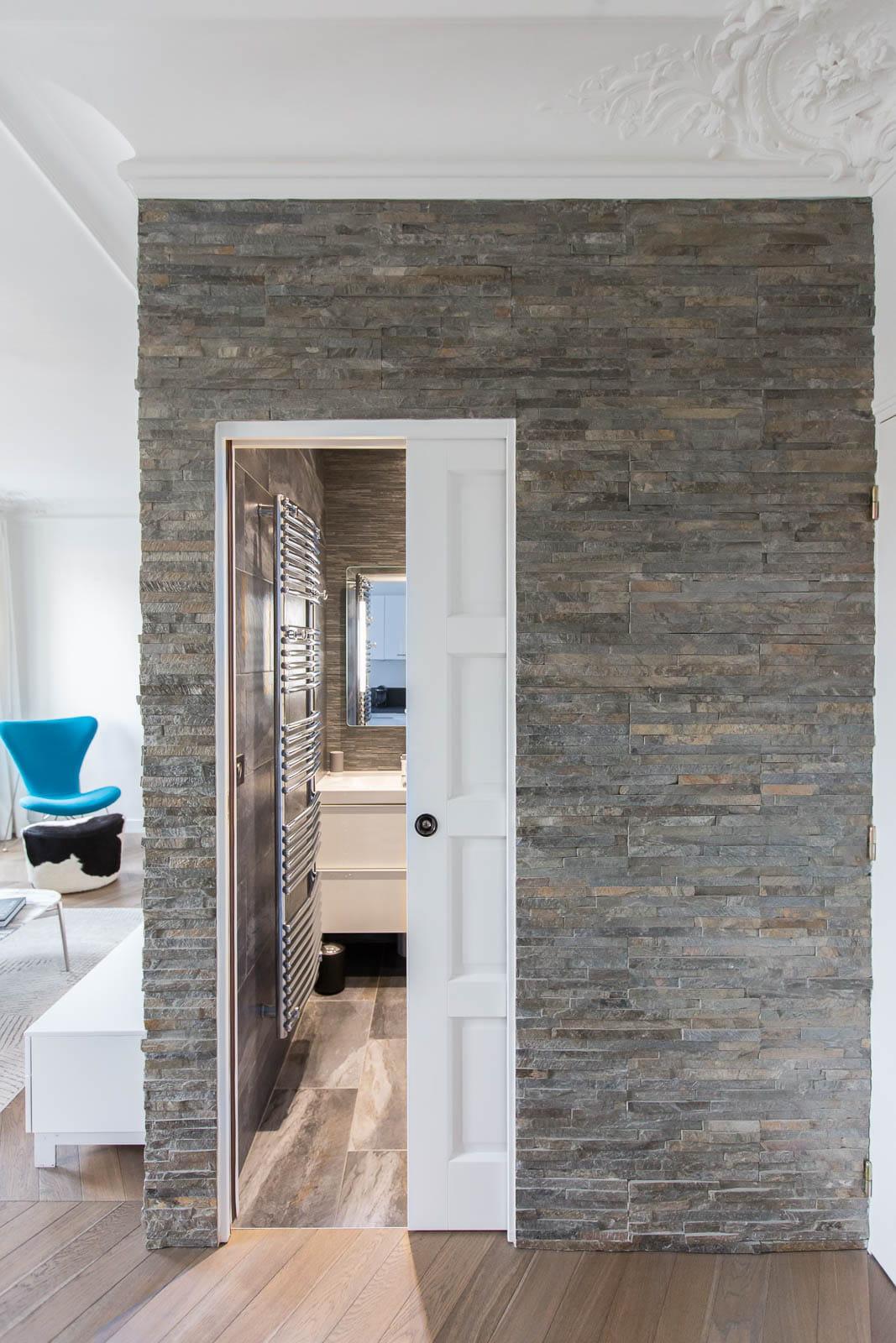 une salle d 39 eau comme une cabine. Black Bedroom Furniture Sets. Home Design Ideas