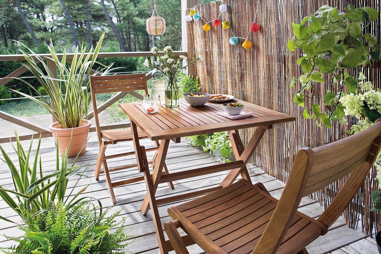 la canisse en osier comment se prot ger du vis vis au jardin journal des femmes. Black Bedroom Furniture Sets. Home Design Ideas