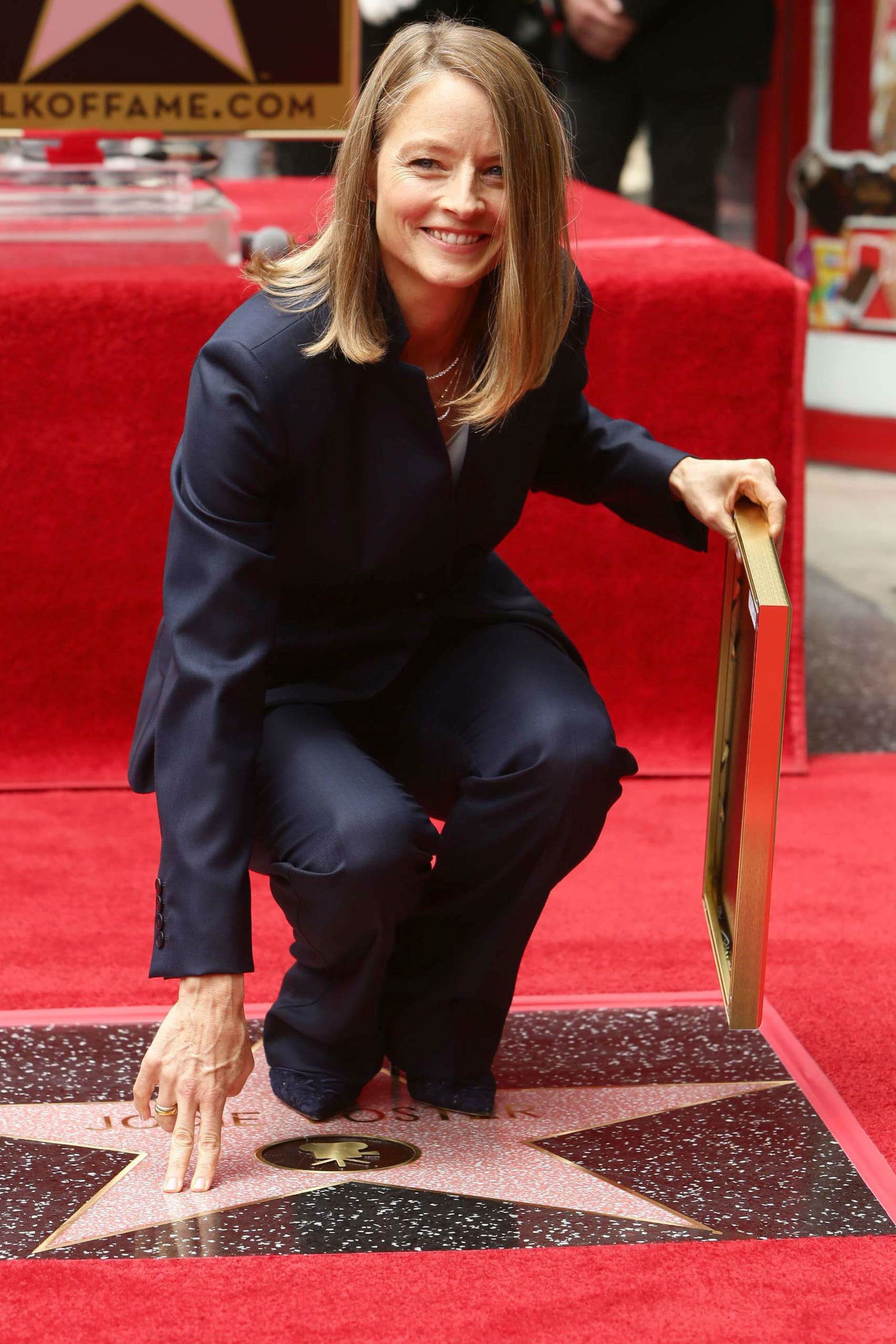 Jodie foster rejoint les toiles for Foster hollywood jardines