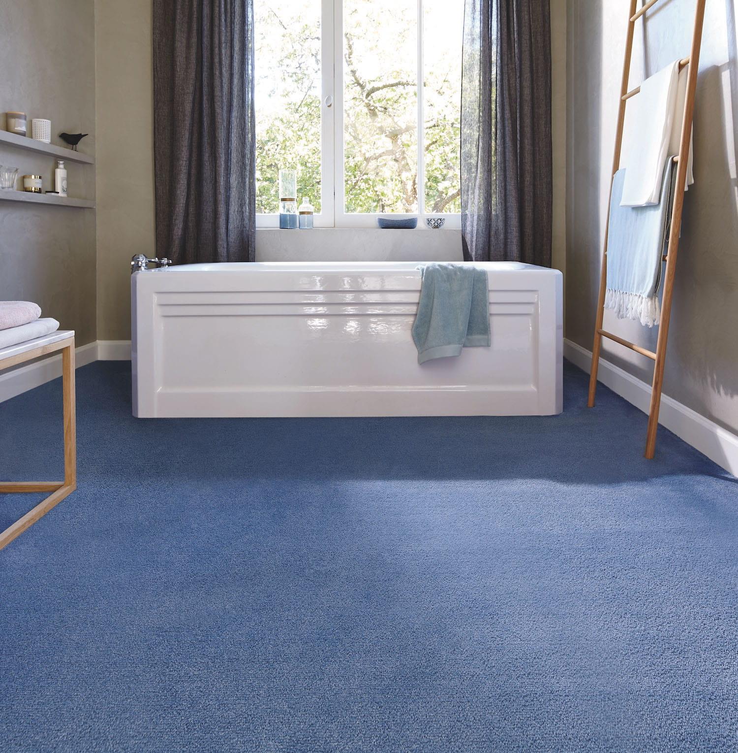 la moquette. Black Bedroom Furniture Sets. Home Design Ideas