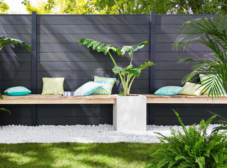 des coussins ext rieurs motifs coussins et matelas ext rieurs pour un jardin douillet. Black Bedroom Furniture Sets. Home Design Ideas