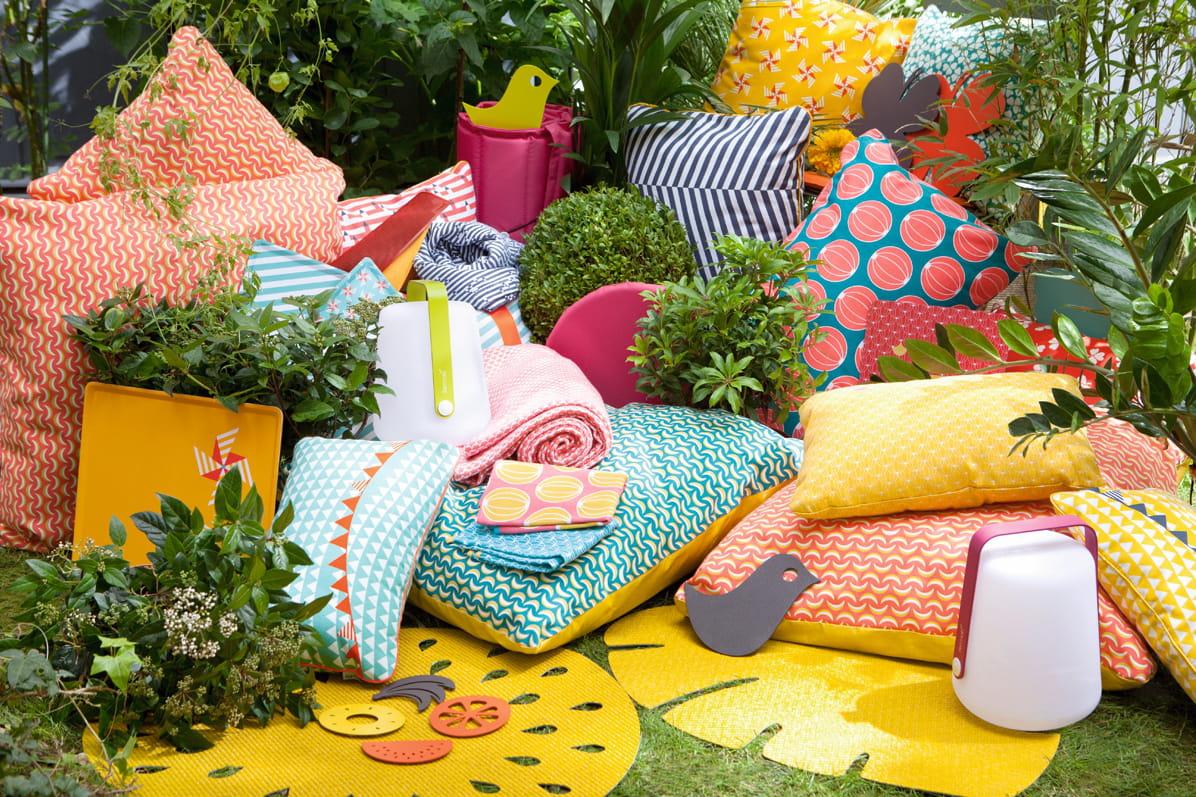 coussins et matelas ext rieurs pour un jardin douillet journal des femmes. Black Bedroom Furniture Sets. Home Design Ideas