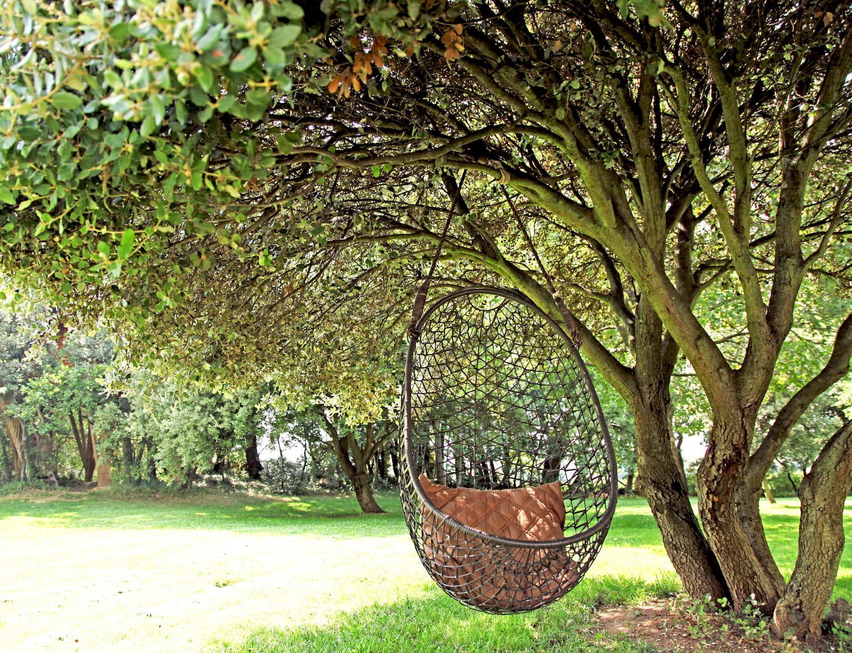 Un fauteuil suspendu terrasse 15 id es pour se cr er une d co boh me journal des femmes - Terrasse jardin suspendu montreuil ...