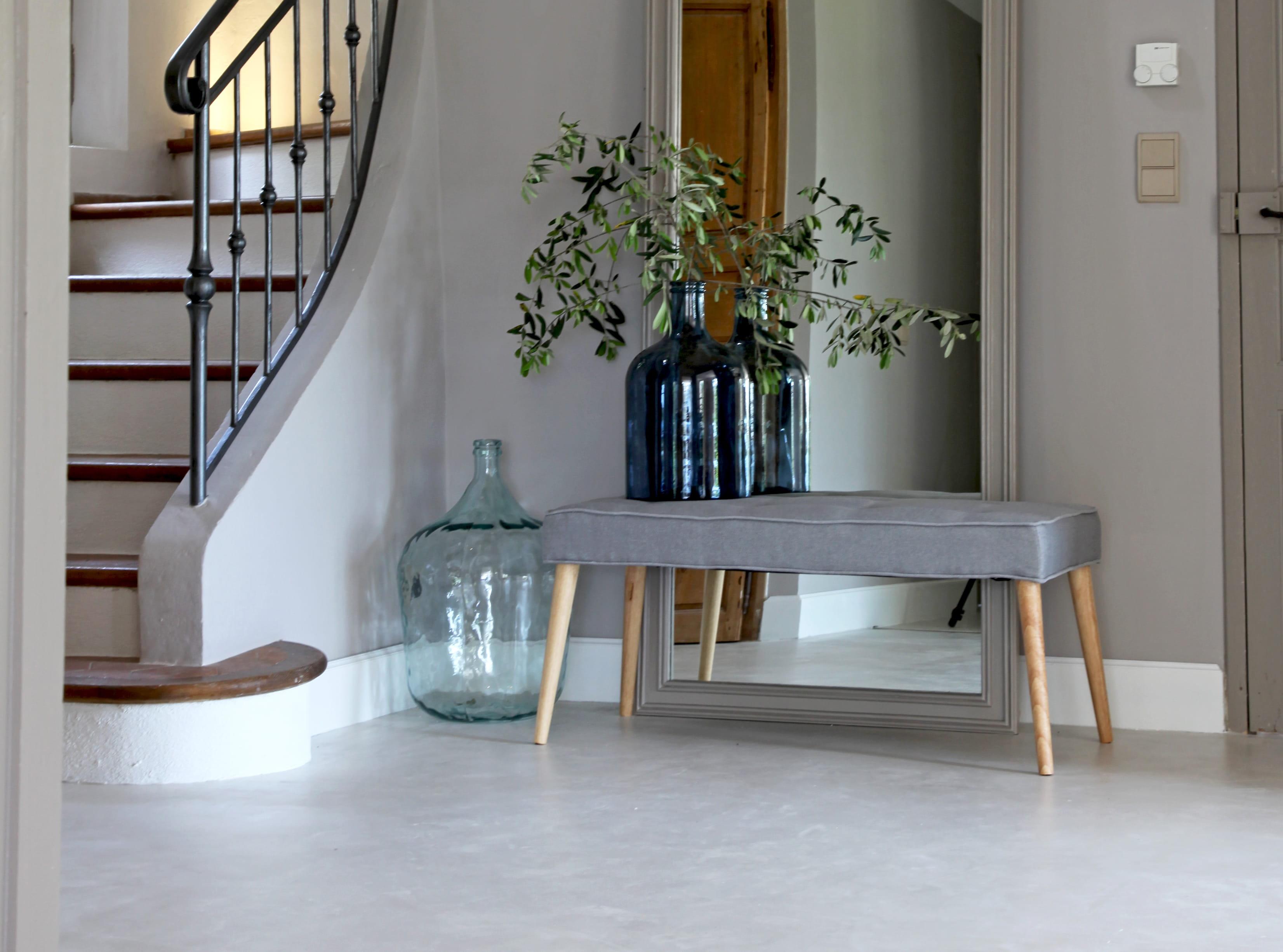 le truc chiner la dame jeanne. Black Bedroom Furniture Sets. Home Design Ideas