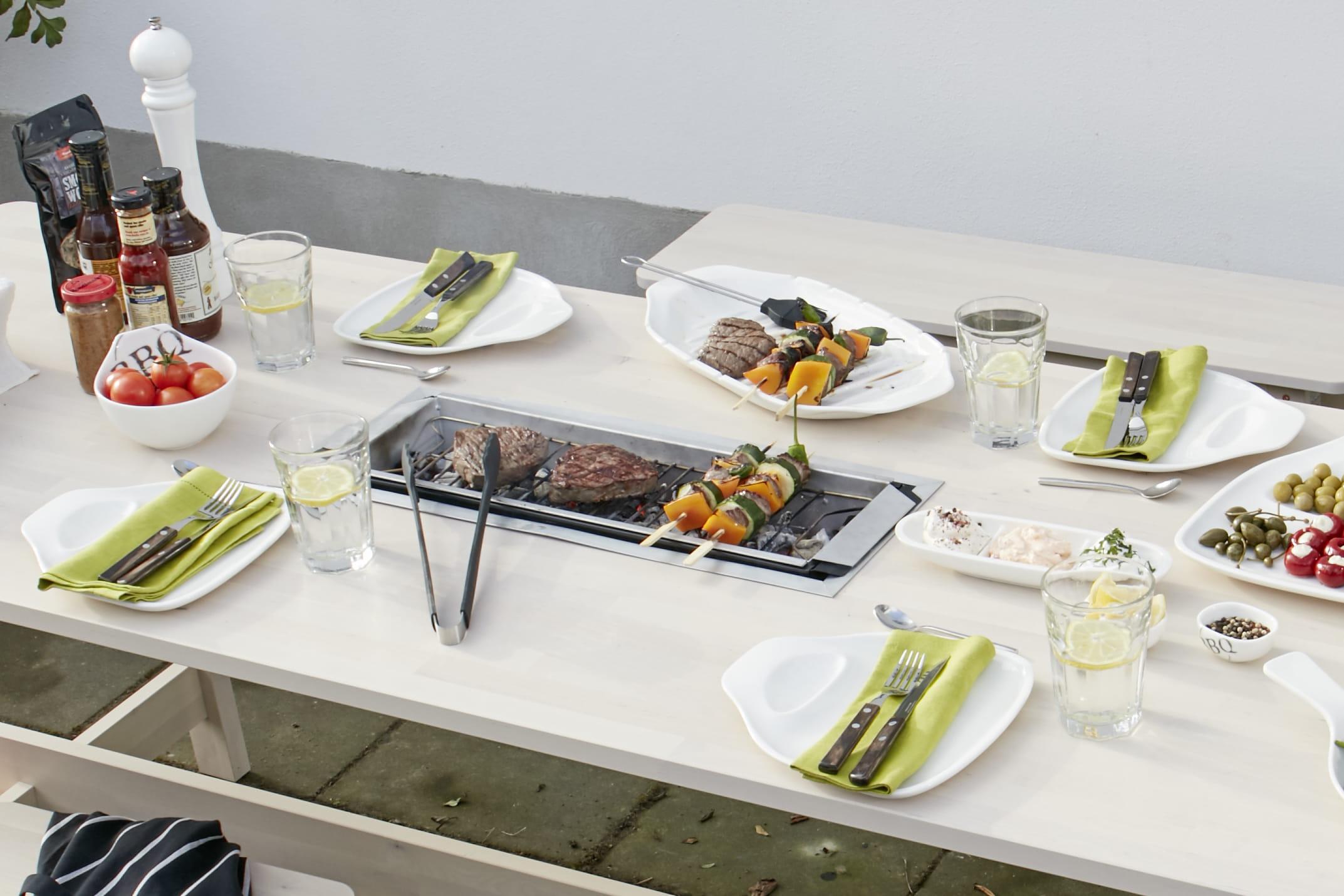 Diy une table de jardin avec barbecue int gr journal des femmes - Table jardin barbecue creteil ...