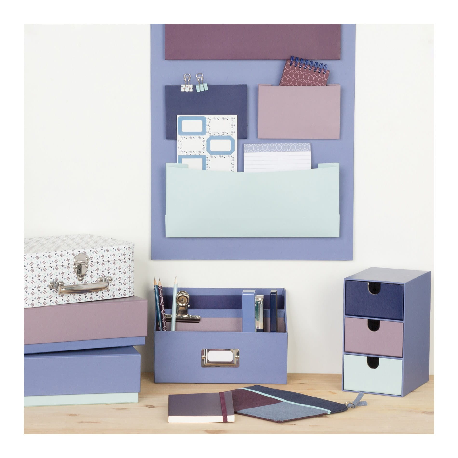 anestudio septembre 2015 rangement mural bureau. Black Bedroom Furniture Sets. Home Design Ideas