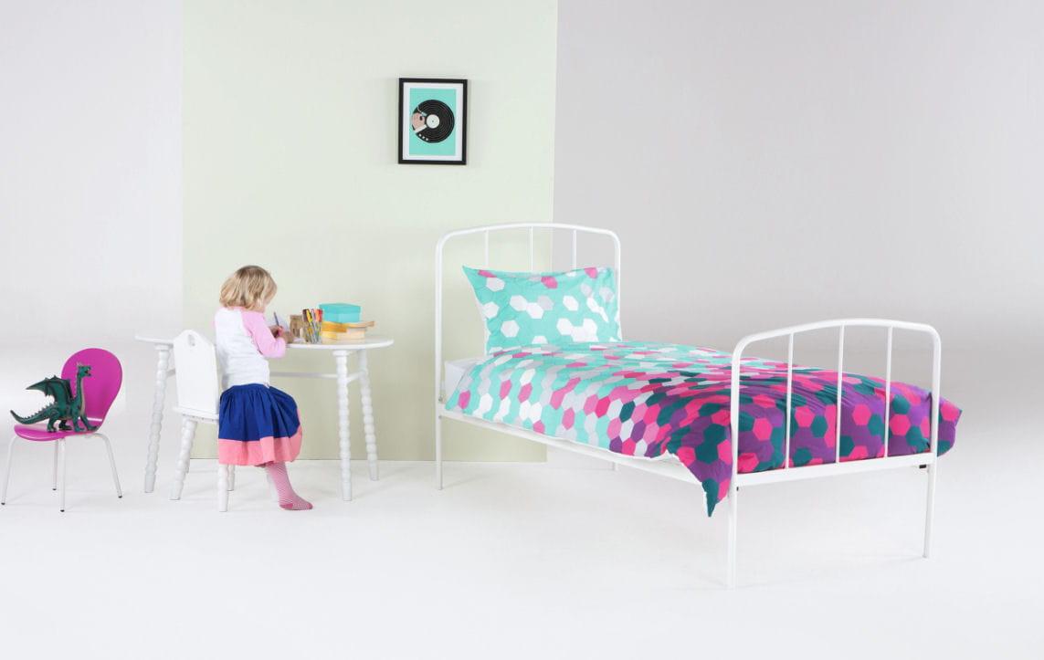 parure de lit brights par. Black Bedroom Furniture Sets. Home Design Ideas