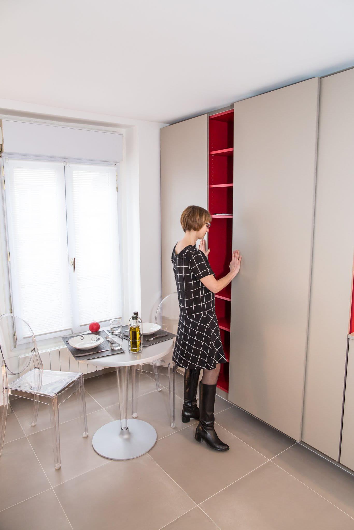salon moderne enu. Black Bedroom Furniture Sets. Home Design Ideas