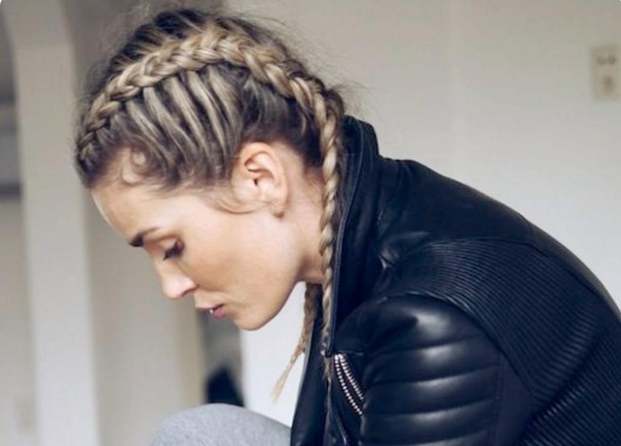 25 coiffures styl es pour faire du sport journal des femmes - Coiffure pour faire du sport ...