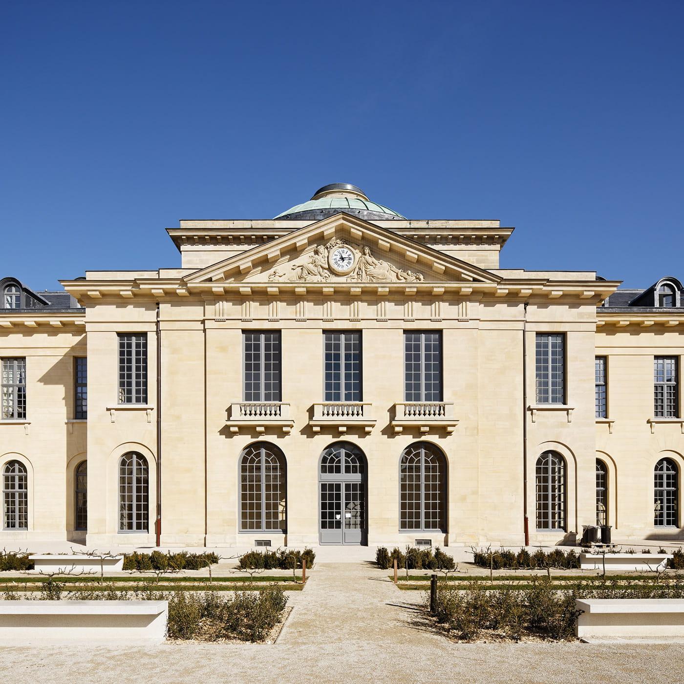 Architecture passions wilmotte associ s c l bre ses 40 for Architecture celebre