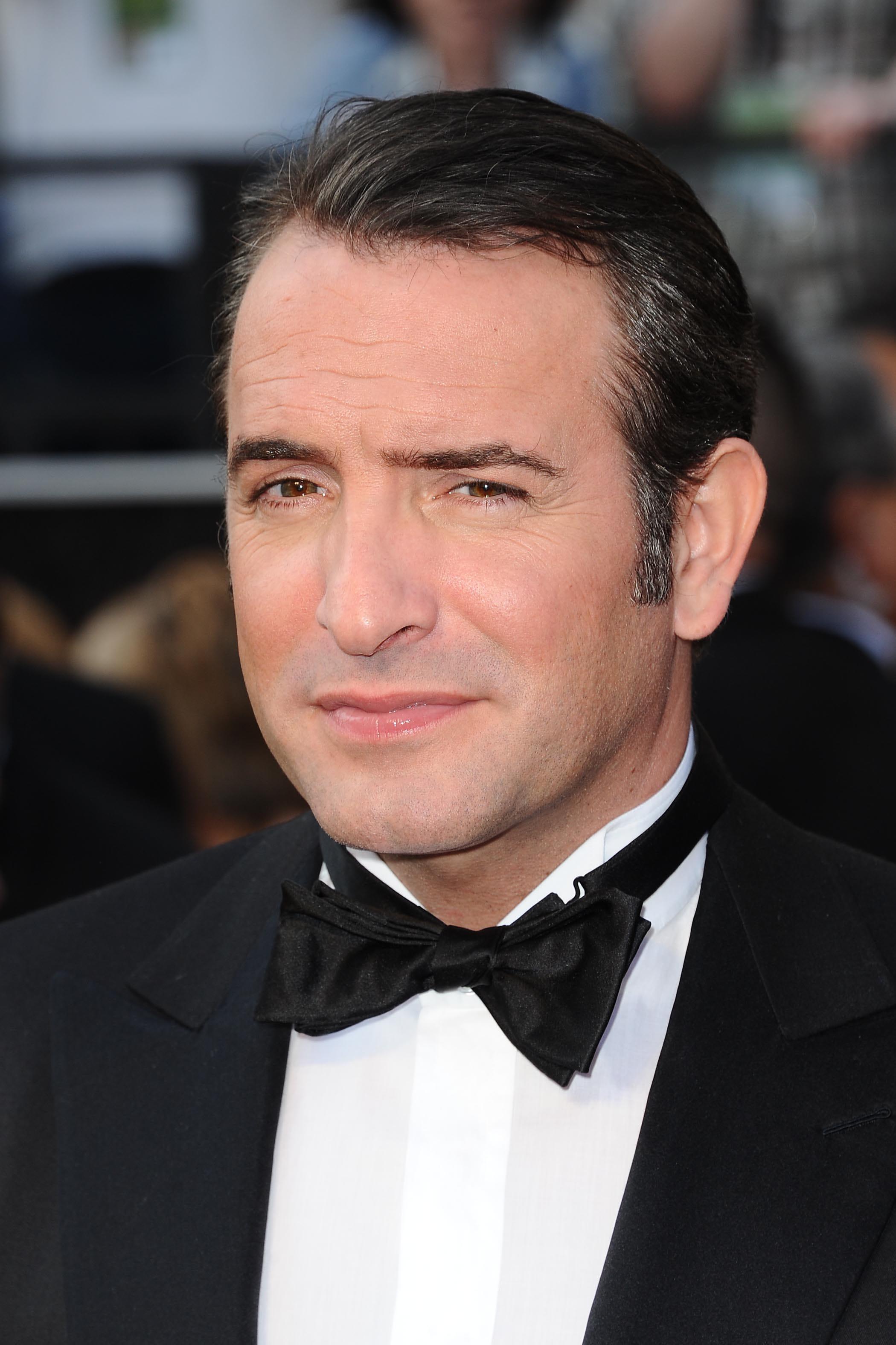 Jean dujardin sans barbe avant apr s les stars for Entreprise dujardin