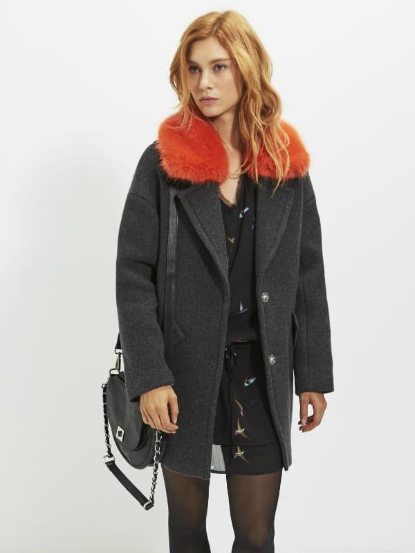 manteau col fantaisie de ikks lov e dans un manteau chaud journal des femmes. Black Bedroom Furniture Sets. Home Design Ideas