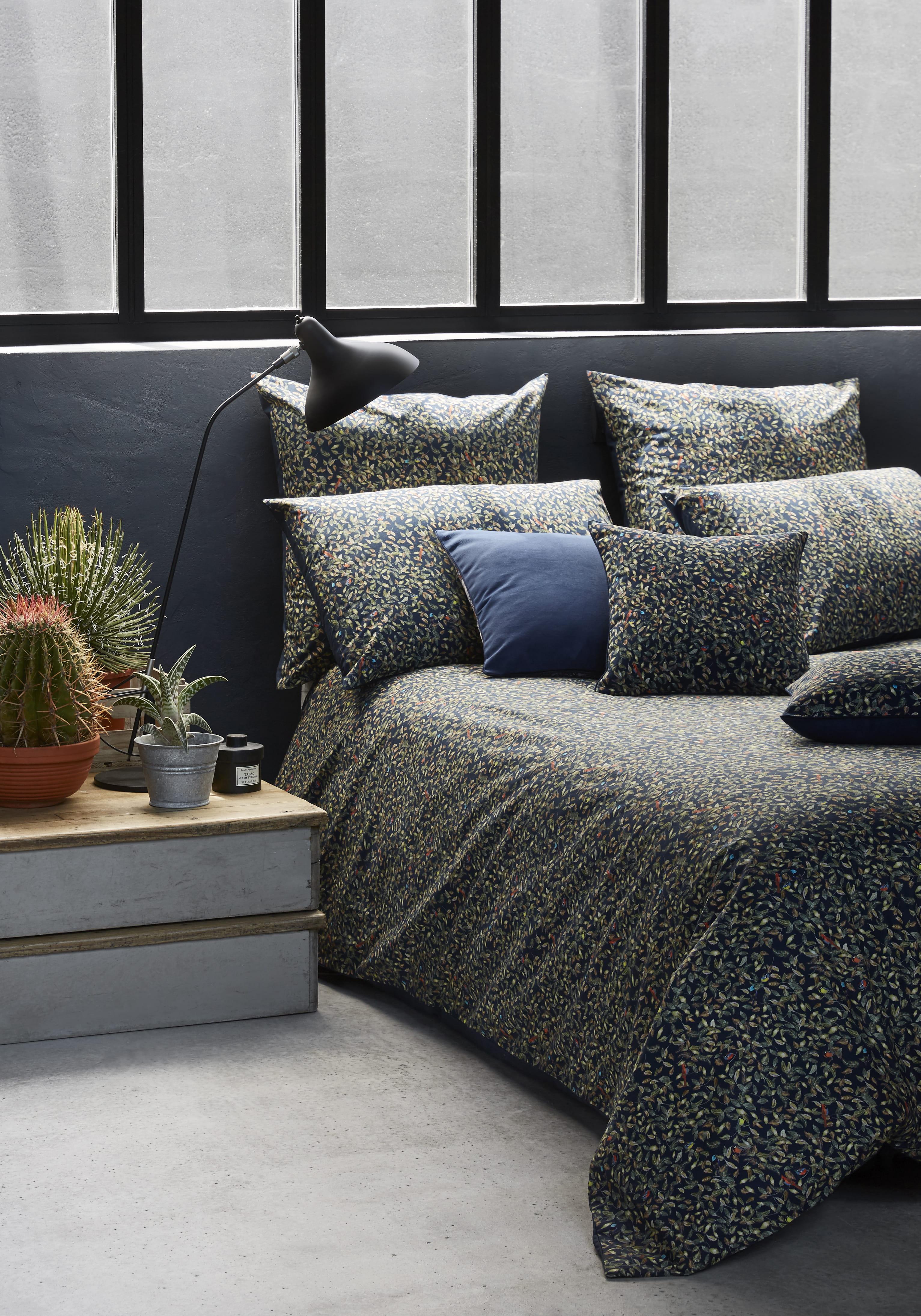 Parure de lit ad la de paul joe by madura on sort sa plus belle parur - Parures de lit descamps ...