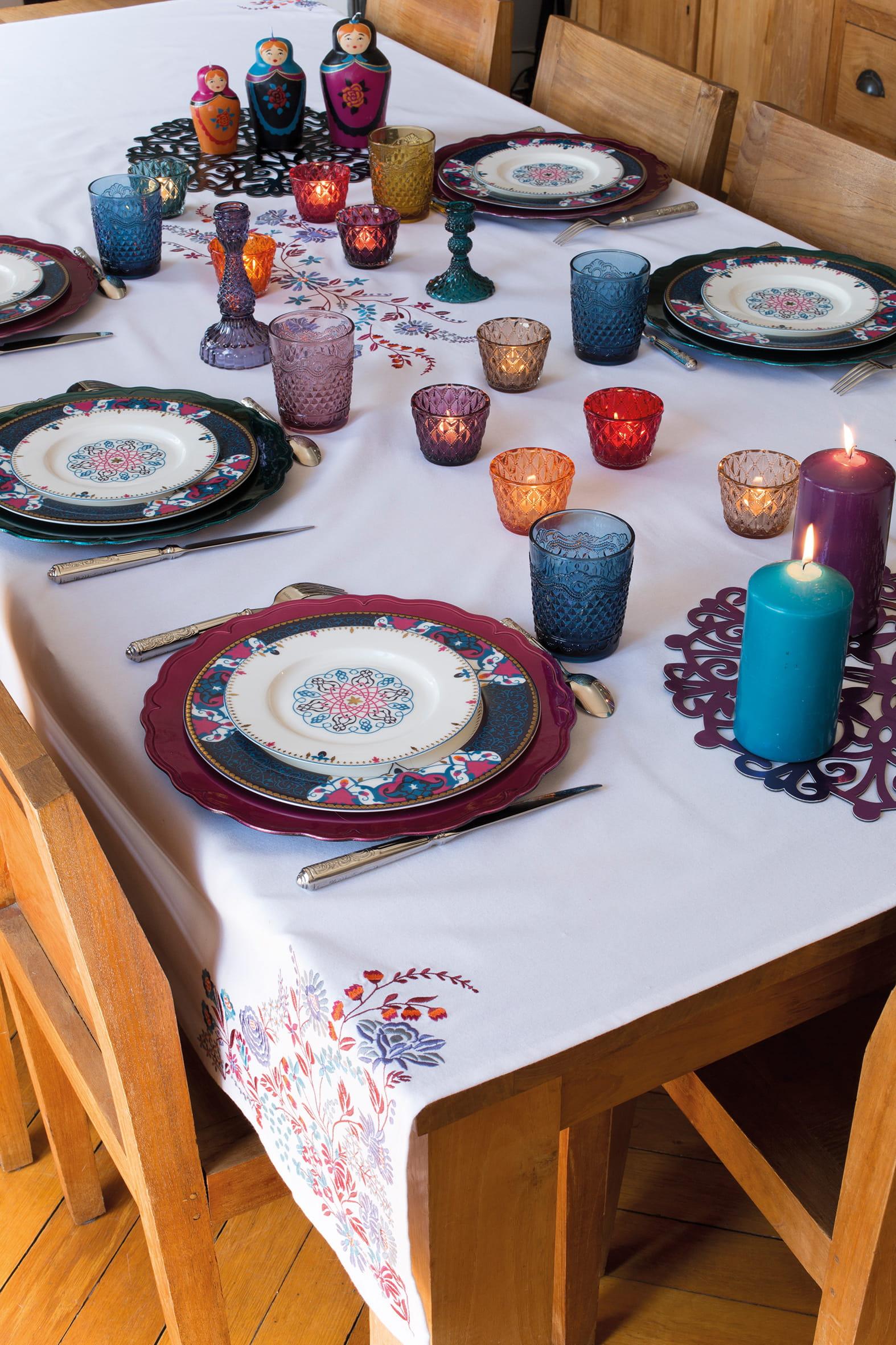 #A56326 S'envoler Pour Moscou : Je Veux La Plus Belle Table à Noël  6199 Decoration De Table De Noel Russe 1574x2362 px @ aertt.com