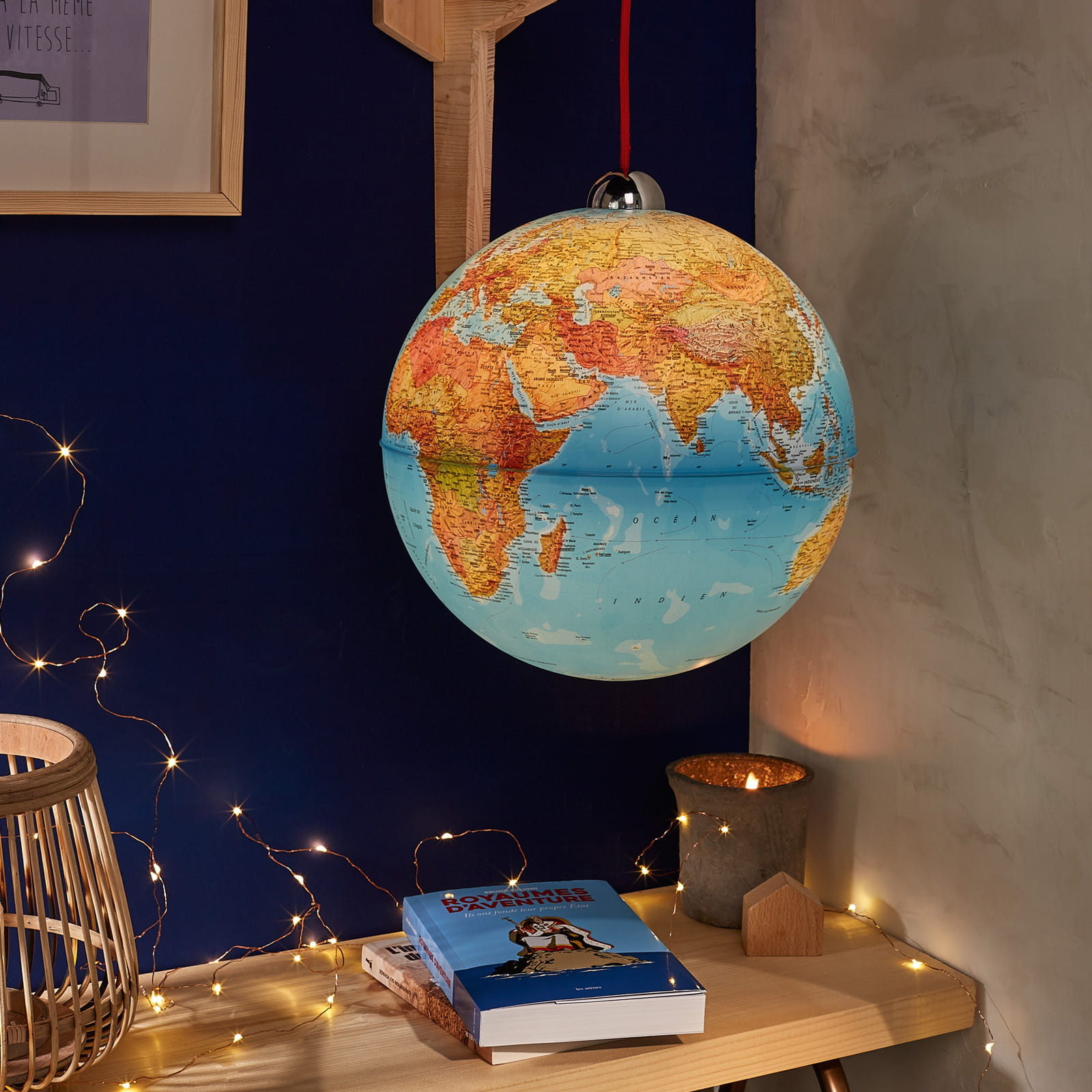 le truc chiner le globe terrestre. Black Bedroom Furniture Sets. Home Design Ideas