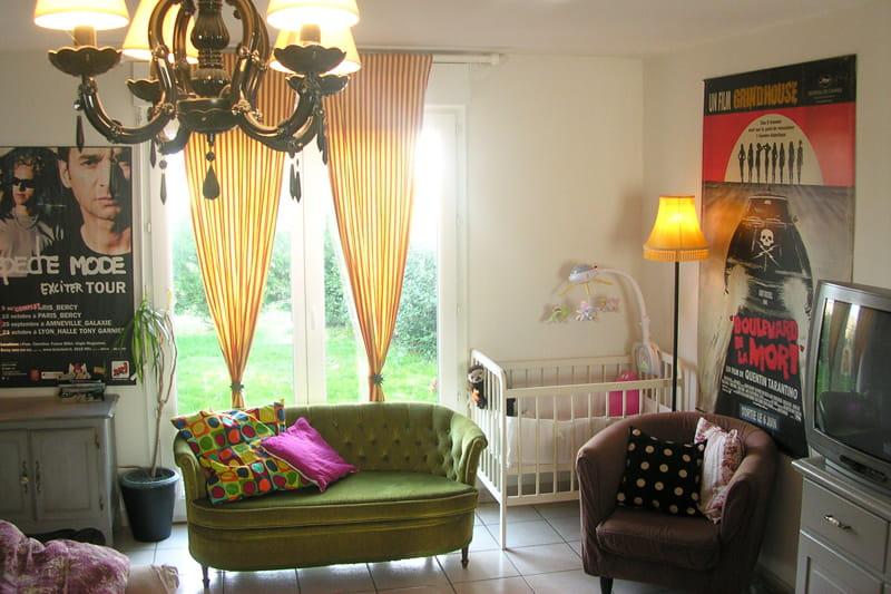 un salon color et r cup 39 visitez la maison de sandrine journal des femmes. Black Bedroom Furniture Sets. Home Design Ideas