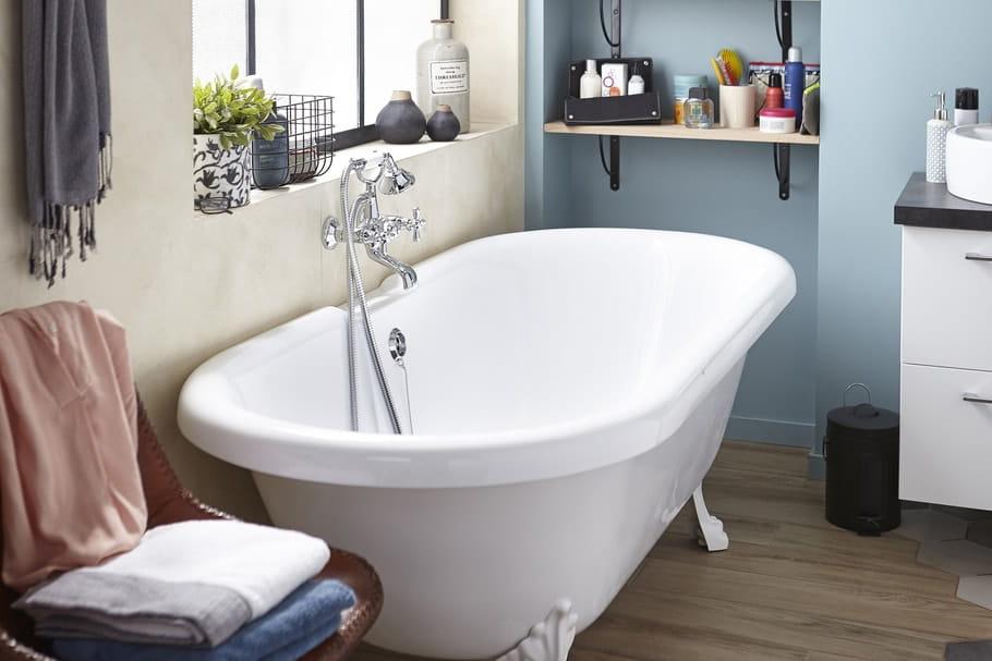 Peindre une baignoire les tapes respecter - Repeindre une baignoire ...