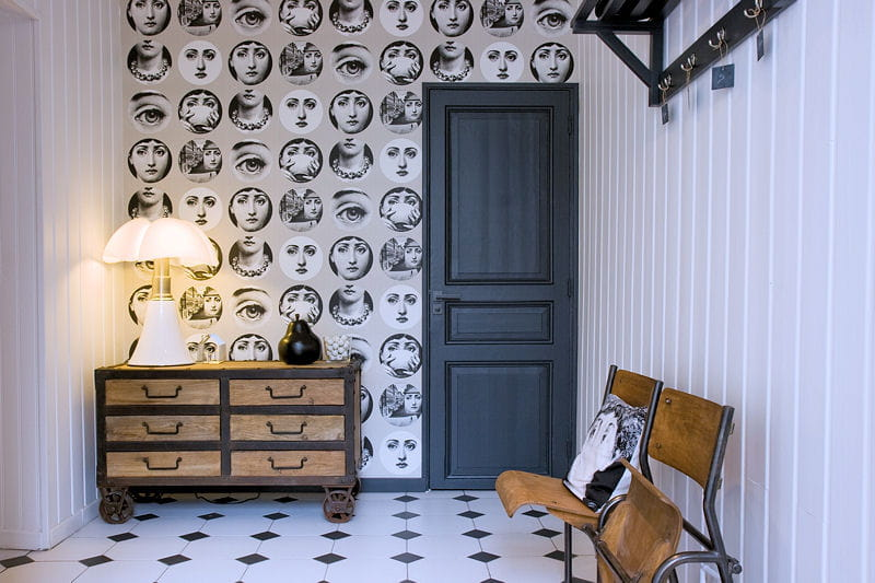 sur un pan de mur 10 id es d co sp cial papier peint journal des femmes. Black Bedroom Furniture Sets. Home Design Ideas