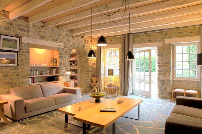 Un salon cosy et lumineux : Une bergerie stylée et raffinée ...