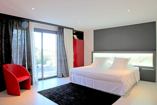 Ophrey.com : Decoration Chambre Rouge Et Noir ~ Prélèvement d ...