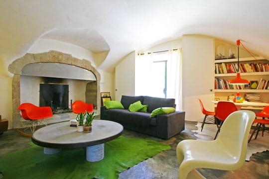 vieilles pierres et couleurs vives toujours plus d 39 id es pour d corer mon salon journal. Black Bedroom Furniture Sets. Home Design Ideas